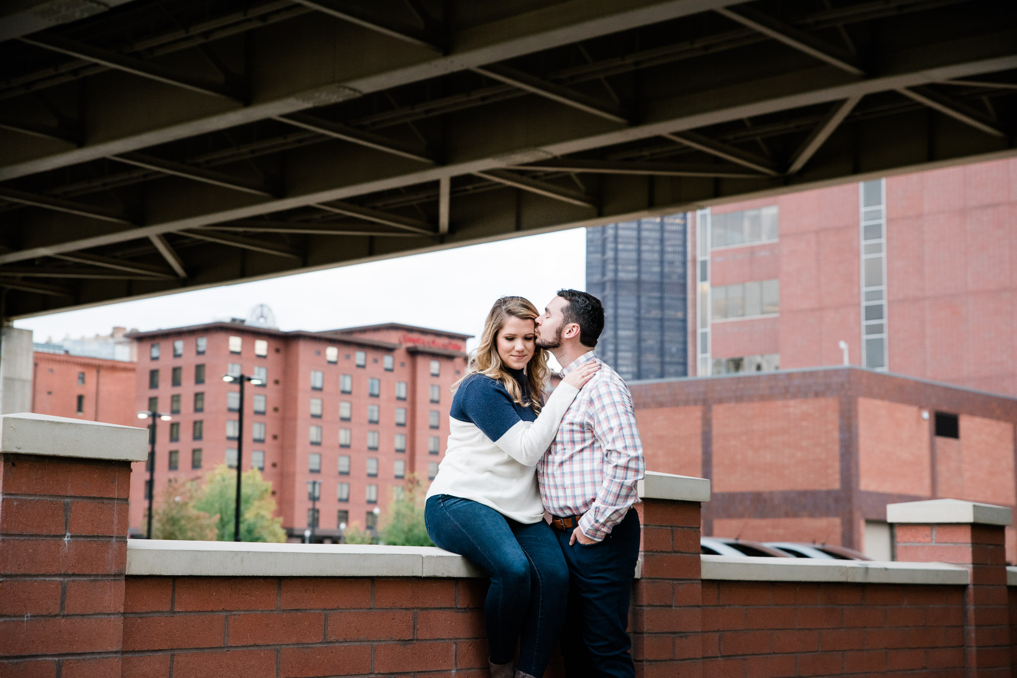 Strip District engagement session, Pittsburgh PA photographer Mariah Fisher-6012.jpg