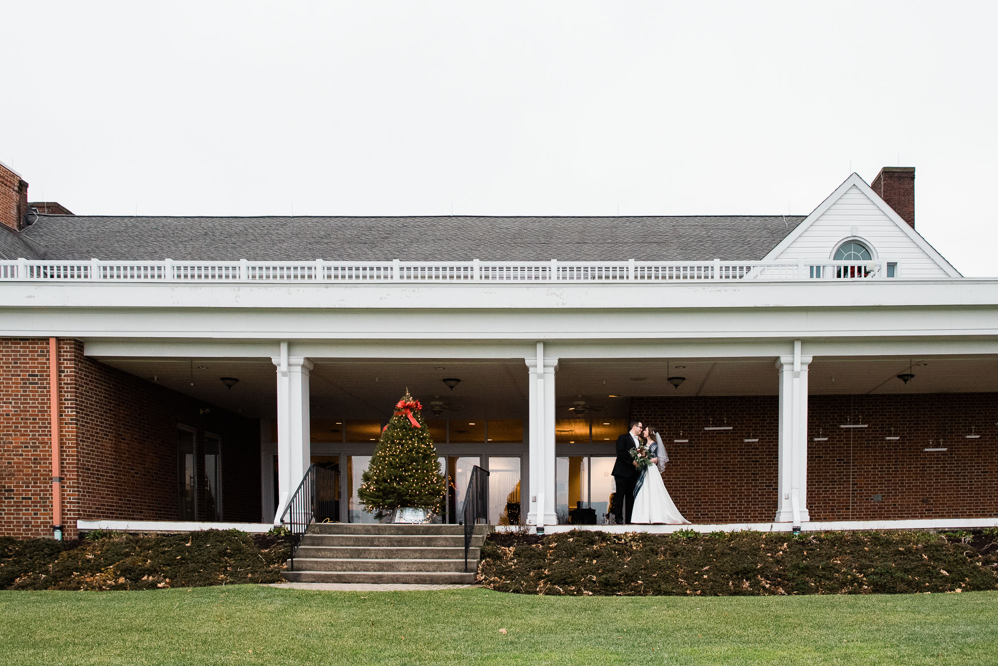 Sunnehanna Country Club Wedding  photographer, Johnstown PA Mariah Fisher-30.jpg