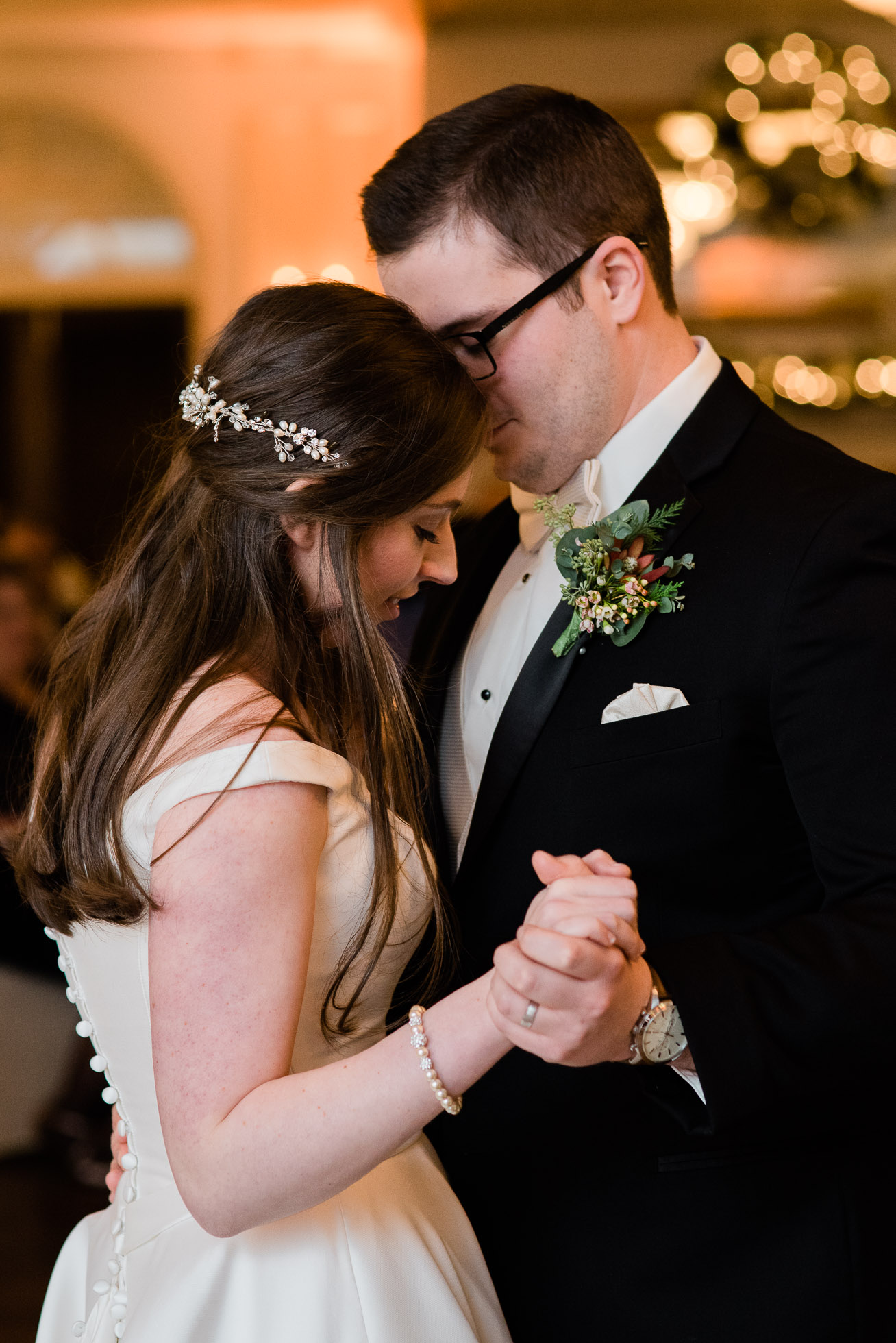 first dance Sunnehanna Country Club Wedding  photographer, Johnstown PA Mariah Fisher-42.jpg