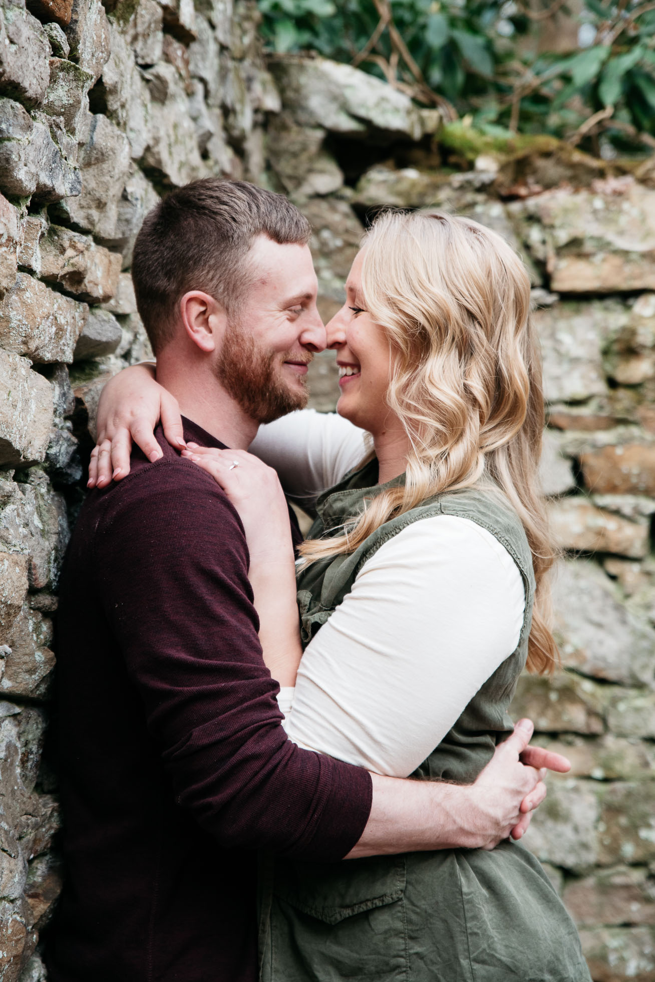 Pittsburgh engagement photographer, Ligonier Engagement Session, Engagement photography, Mariah Fisher (3 of 4).jpg