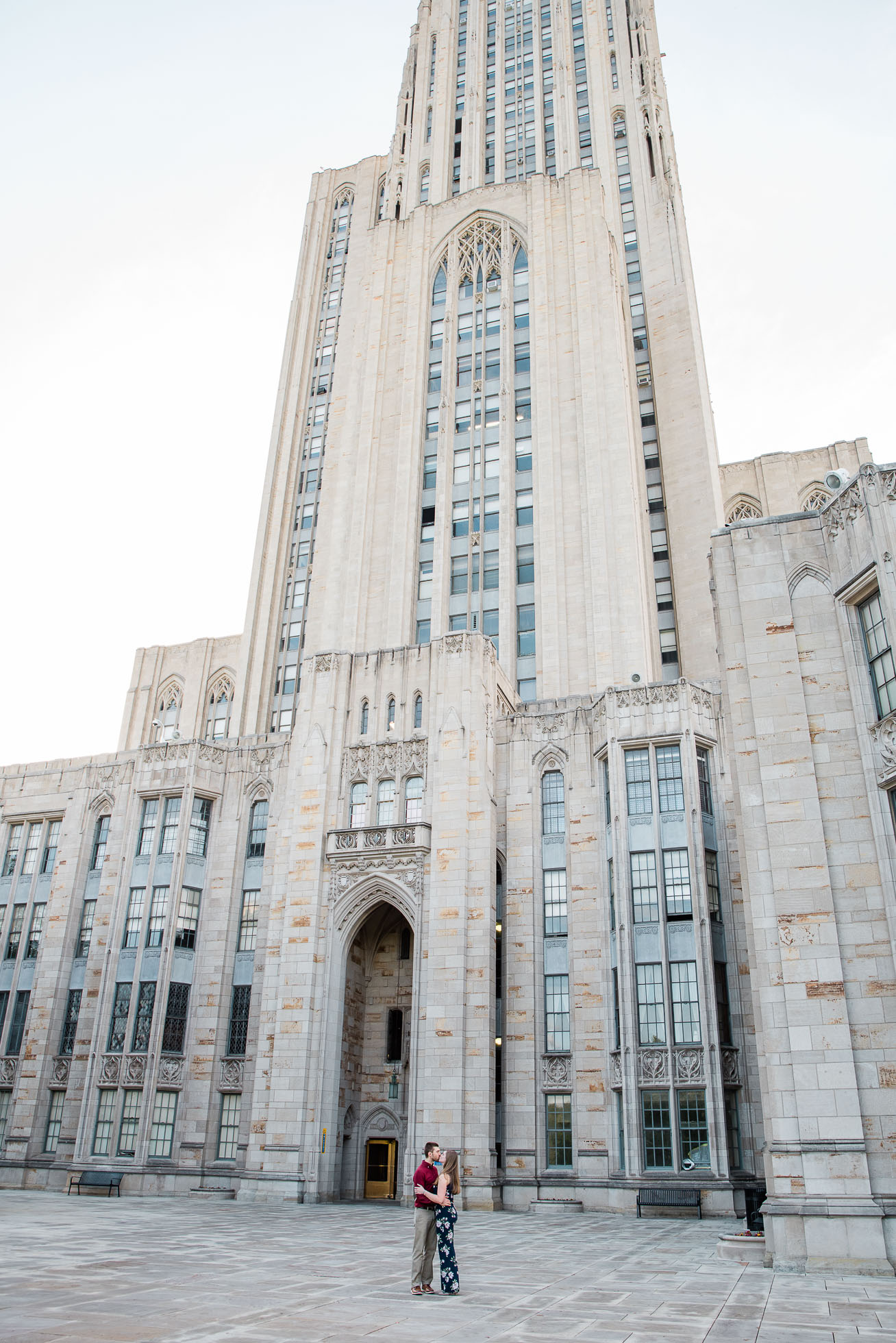 Pittsburgh Cathedral of Learning Engagement session, Wedding Photographer, Mariah Fisher-5826.jpg