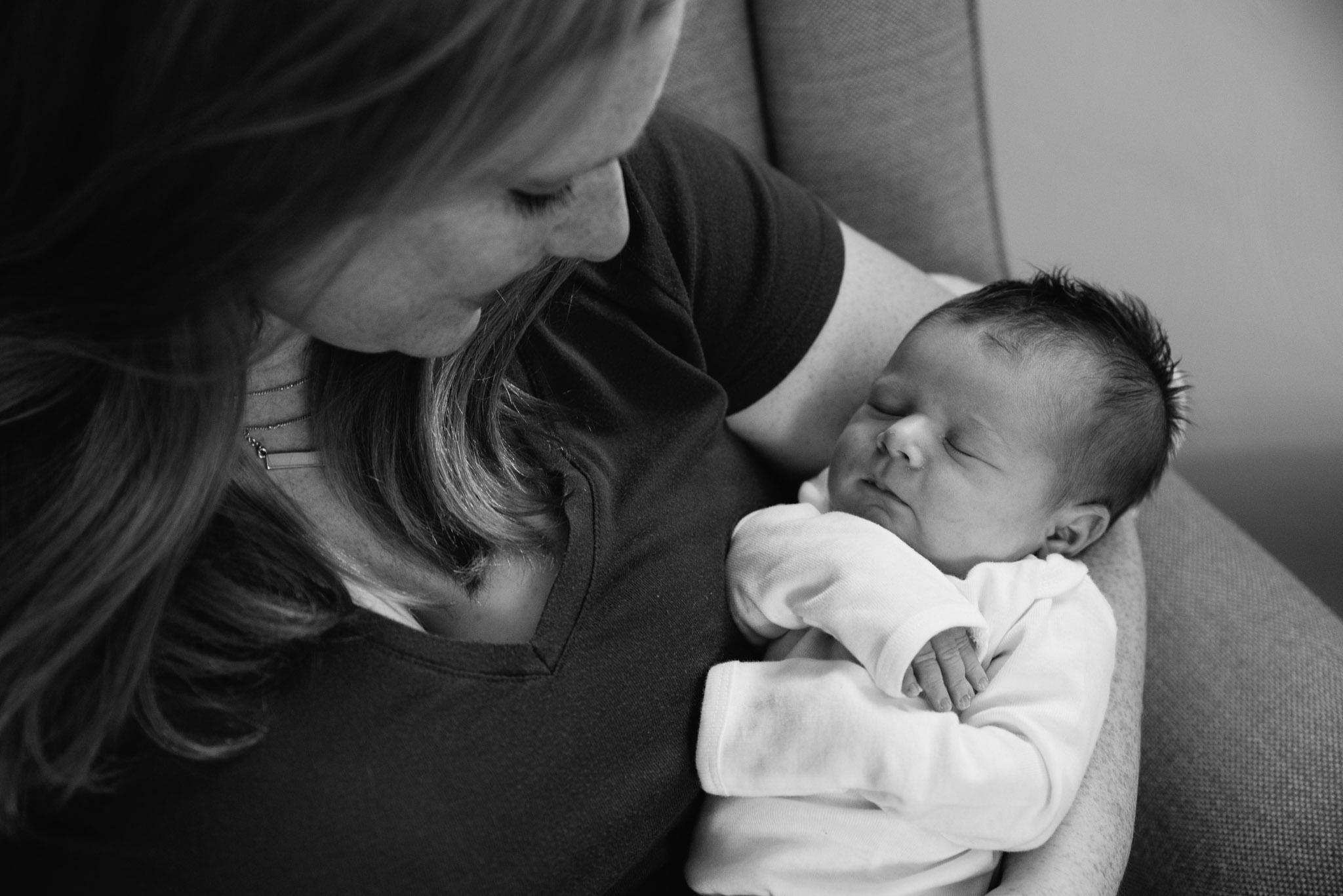 Pittsburgh Newborn Photographer, Lifestyle Photography-8188.jpg