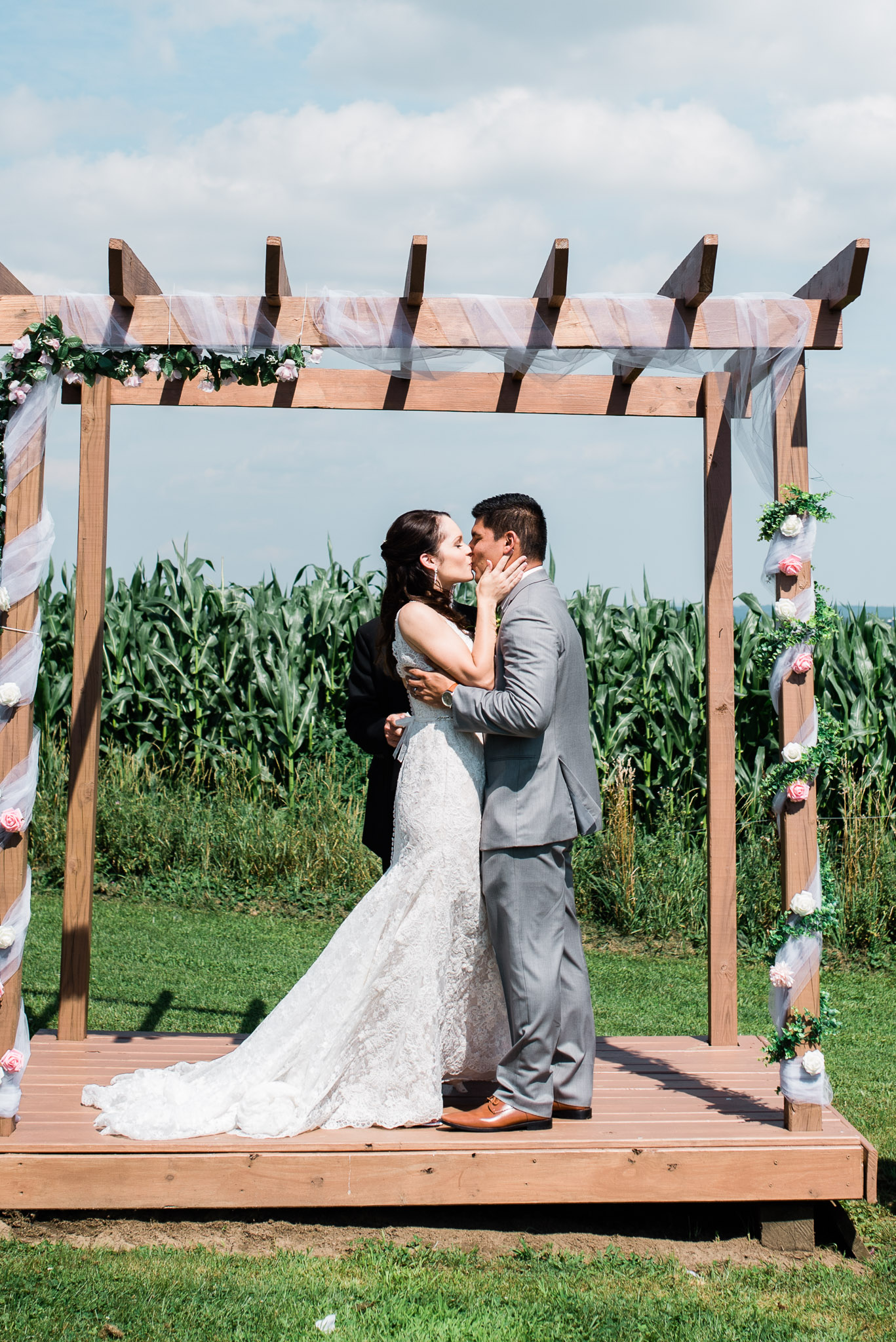 Outdoor Wedding Ceremony, Pittsburgh Wedding Photographer, The Event Barn at Highland Farms, Somerset PA-3544.jpg