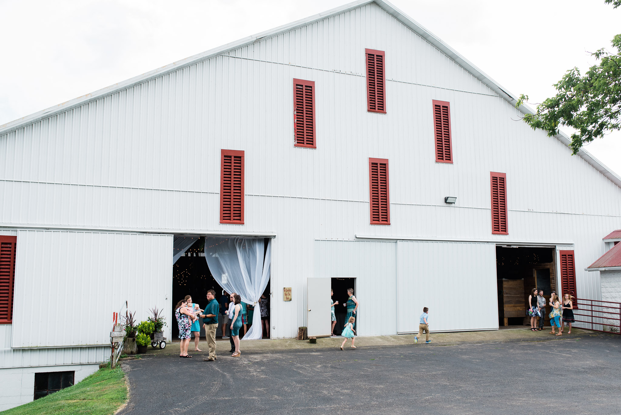 Pittsburgh Wedding Photographer, The Event Barn at Highland Farms, Somerset PA-3724.jpg