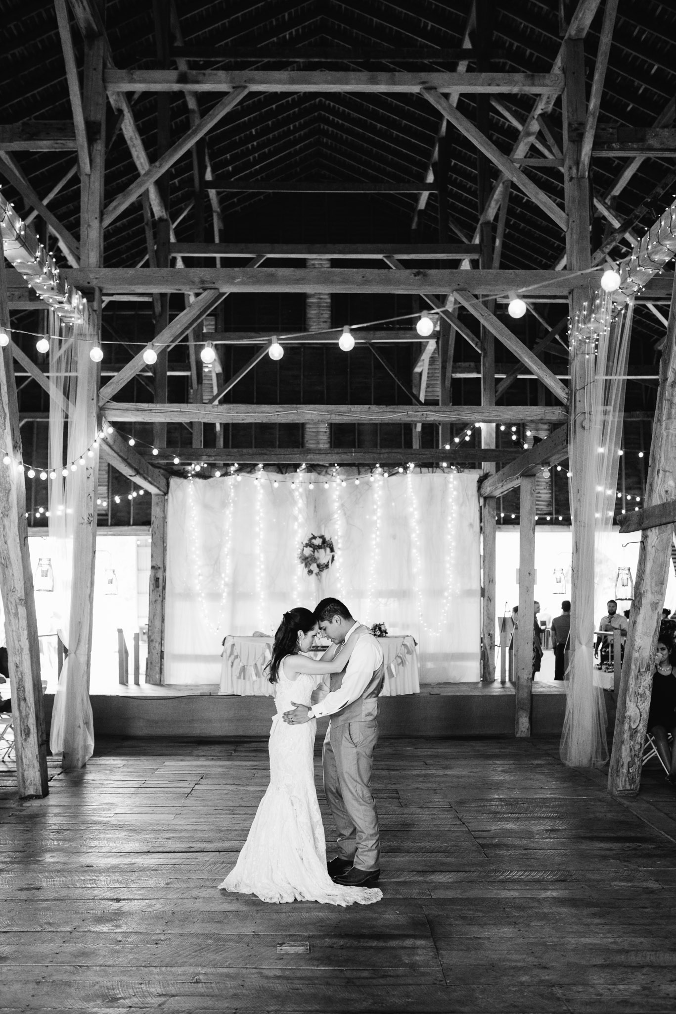 Pittsburgh Wedding Photographer, The Event Barn at Highland Farms, Somerset PA-3887.jpg