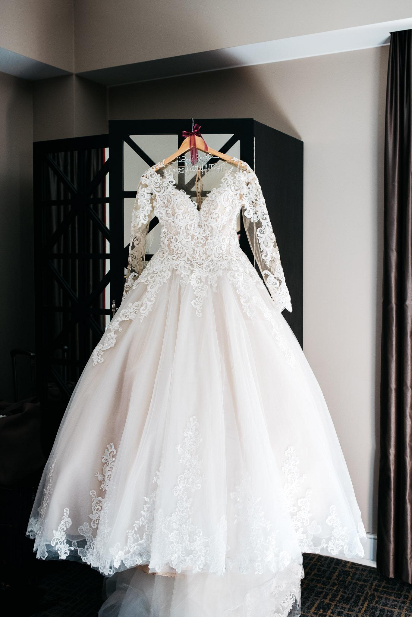 Pittsburgh Wedding Photographer Blog Mariah Fisher Photography,Modest Wedding Dresses Sale