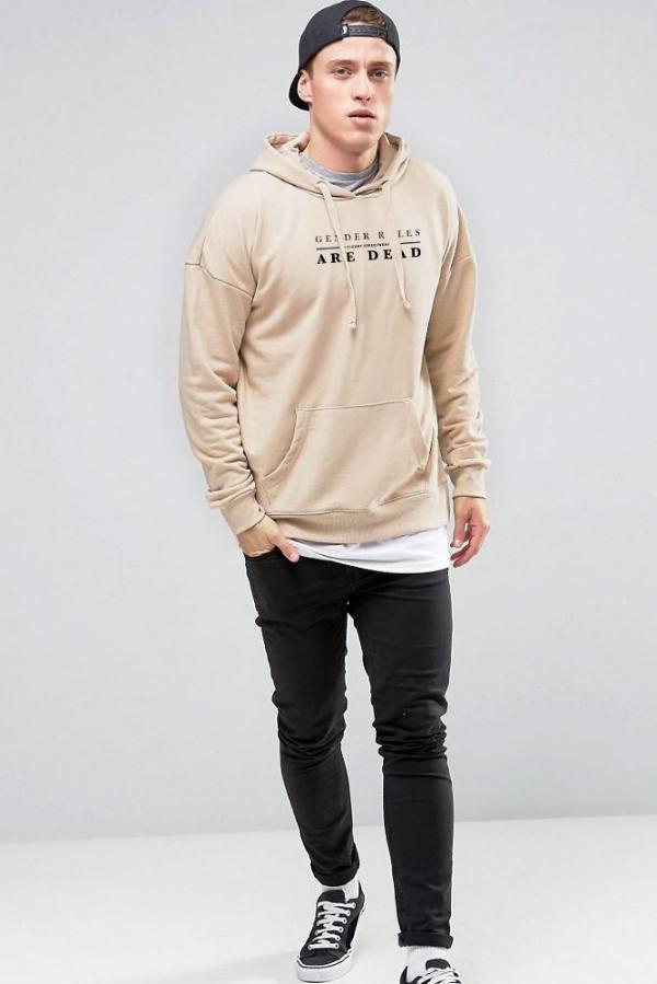 LOOK 10:  Basic Tee   Gender Roles are Dead Hoodie   Black Jeans   Black Snapback   Black Sneakers