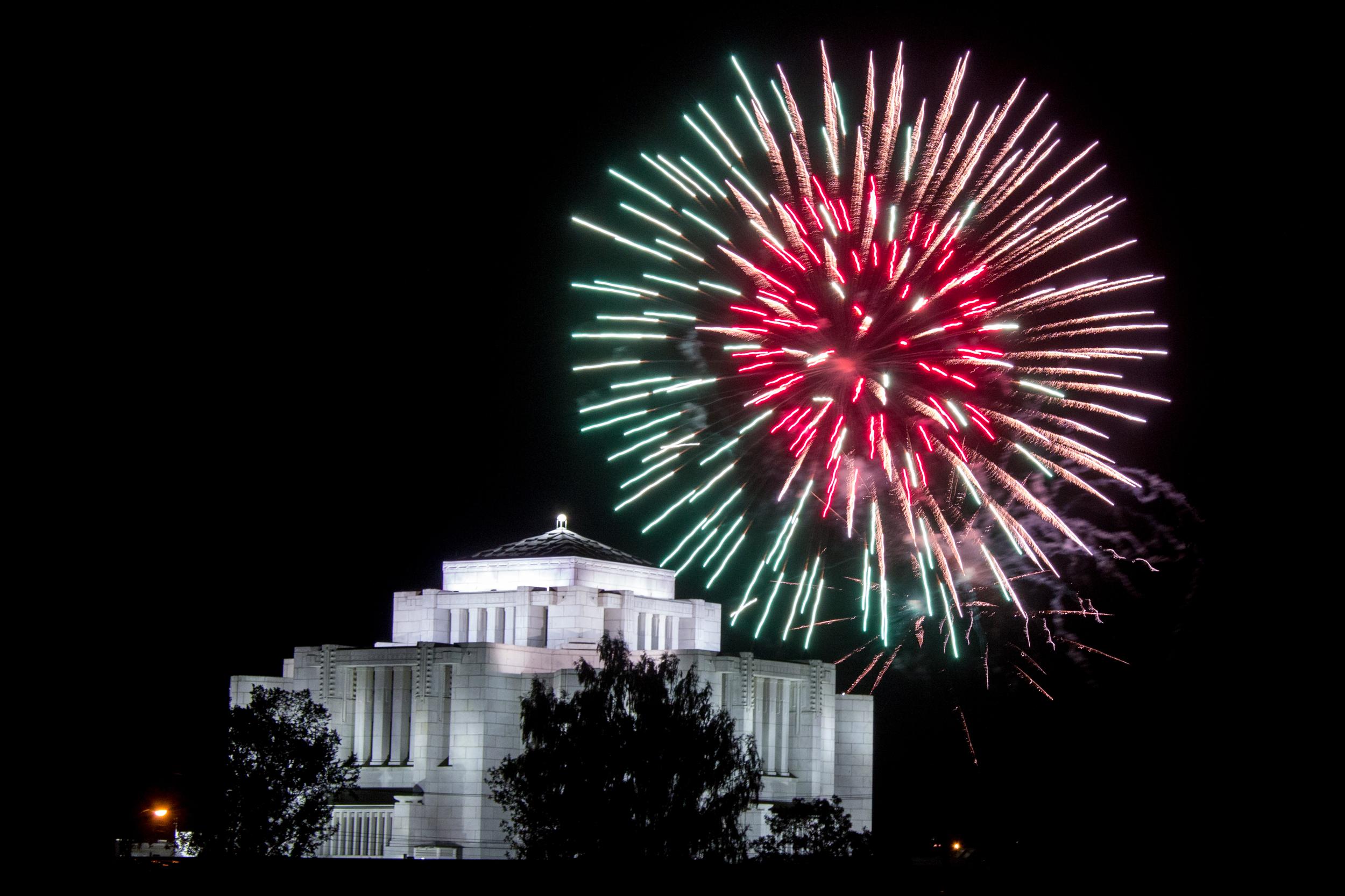 2016 Fireworks-6.jpg