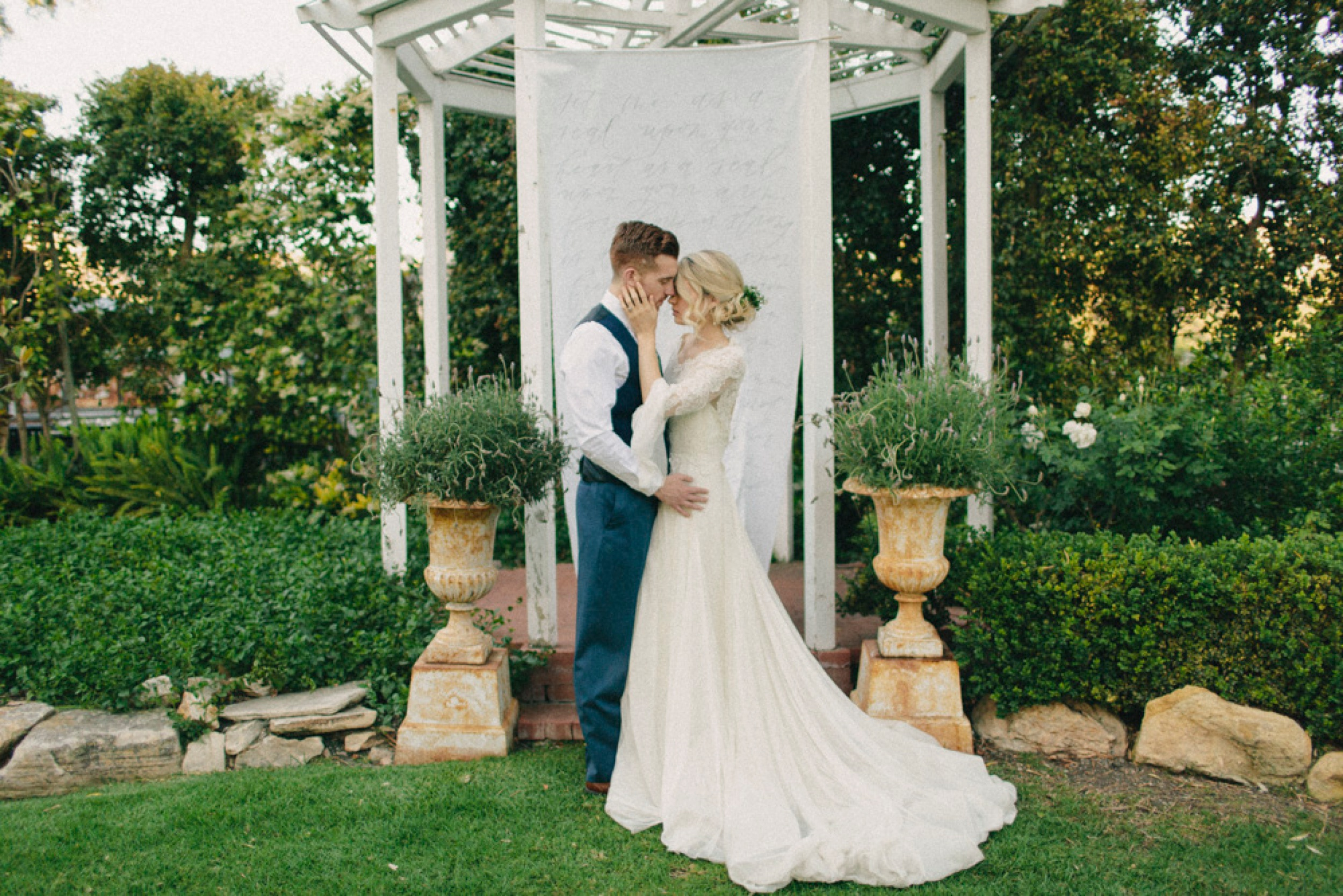 Ethereal Garden Inspired Wedding , Linden Clover Photography_0043.jpg