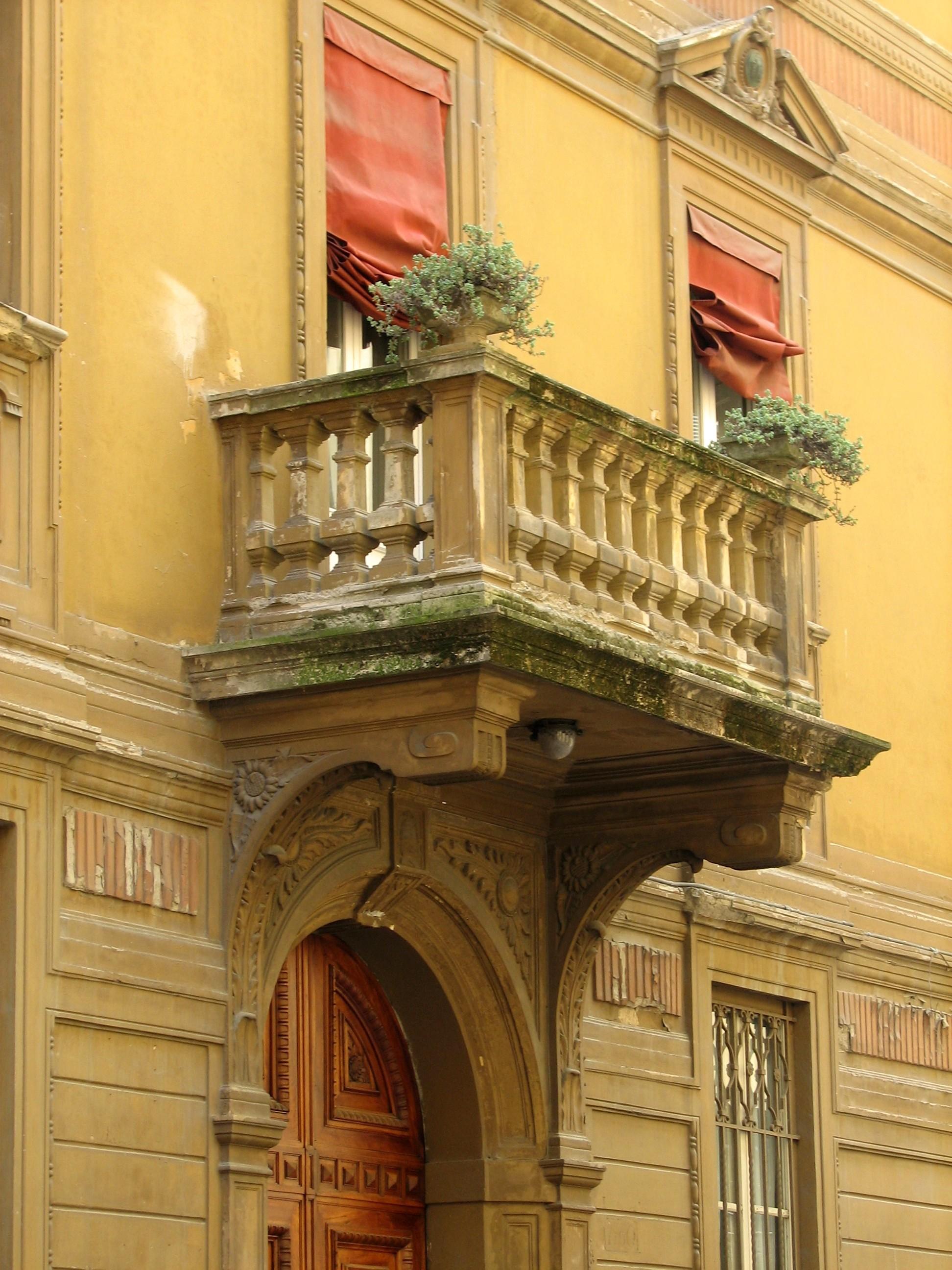 Bologna Balcony.jpg