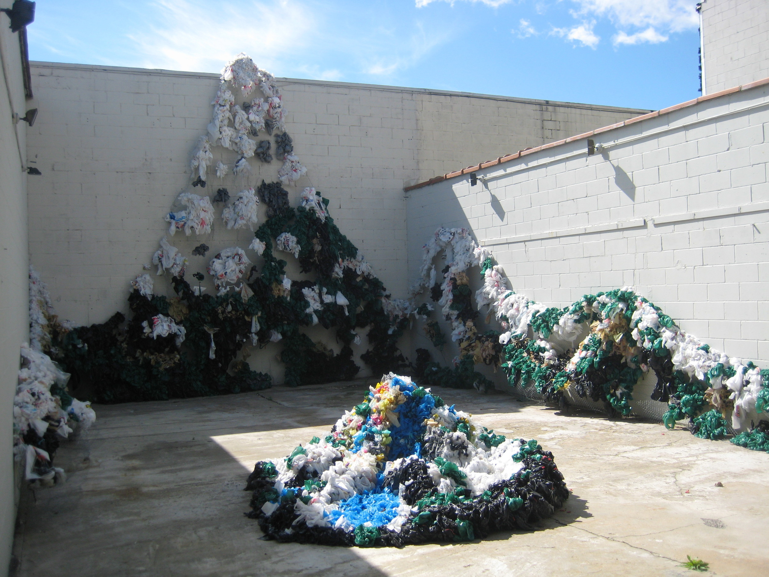 Image: Kim Holleman, Future Mountain, recycled plastic shopping bags /©Kim Holleman