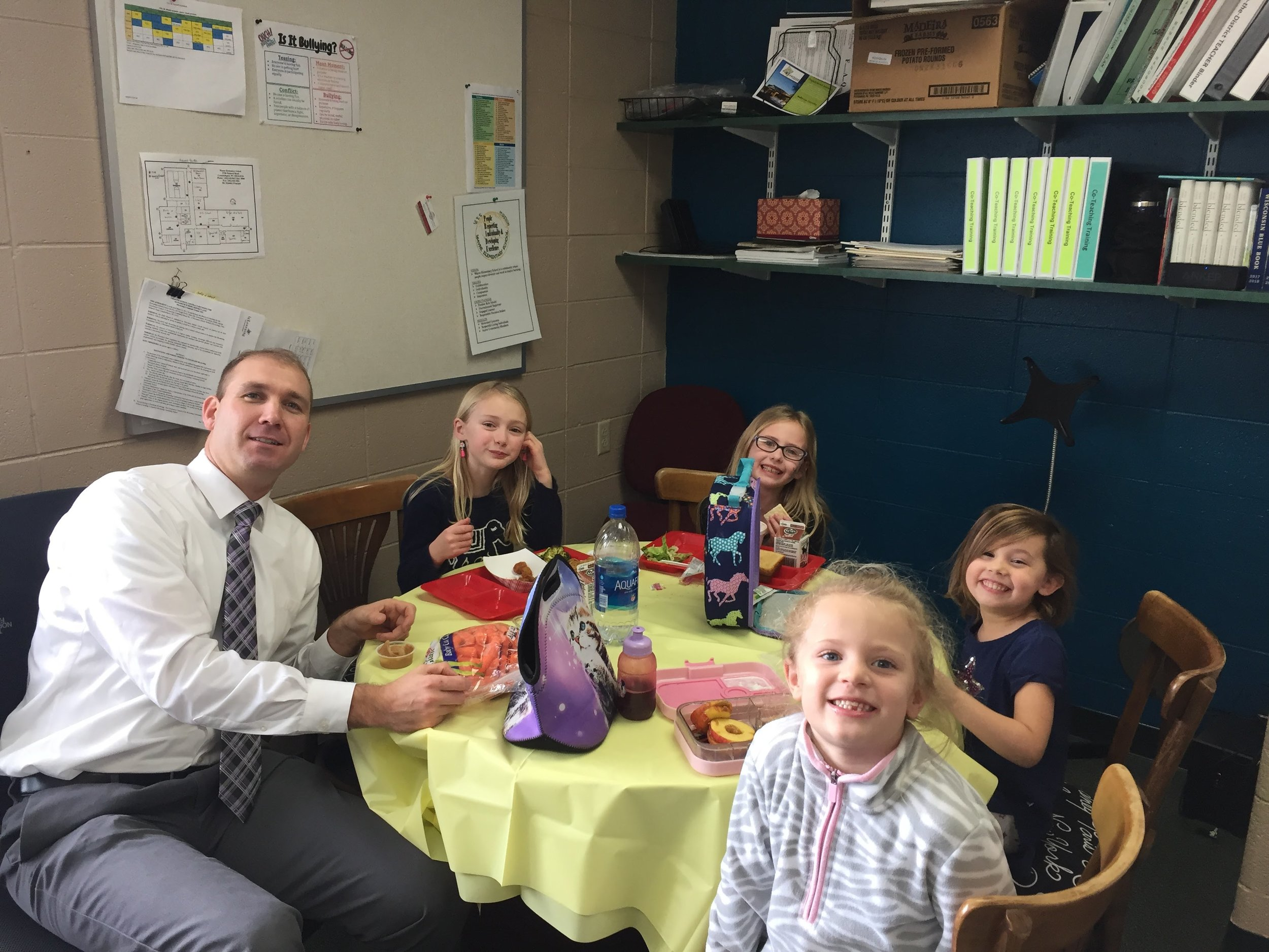 "PBIS January ""Lunch w/ Mr. Flood"" Winners!"