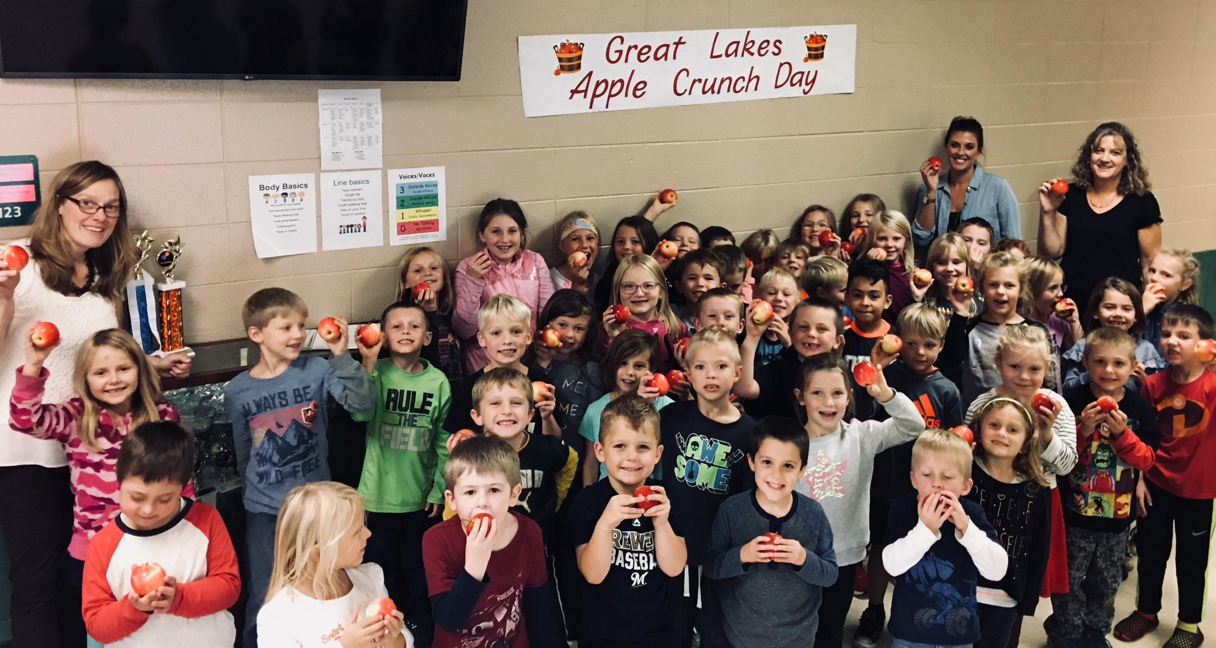 Great Lakes Apples Crunch!! K-2