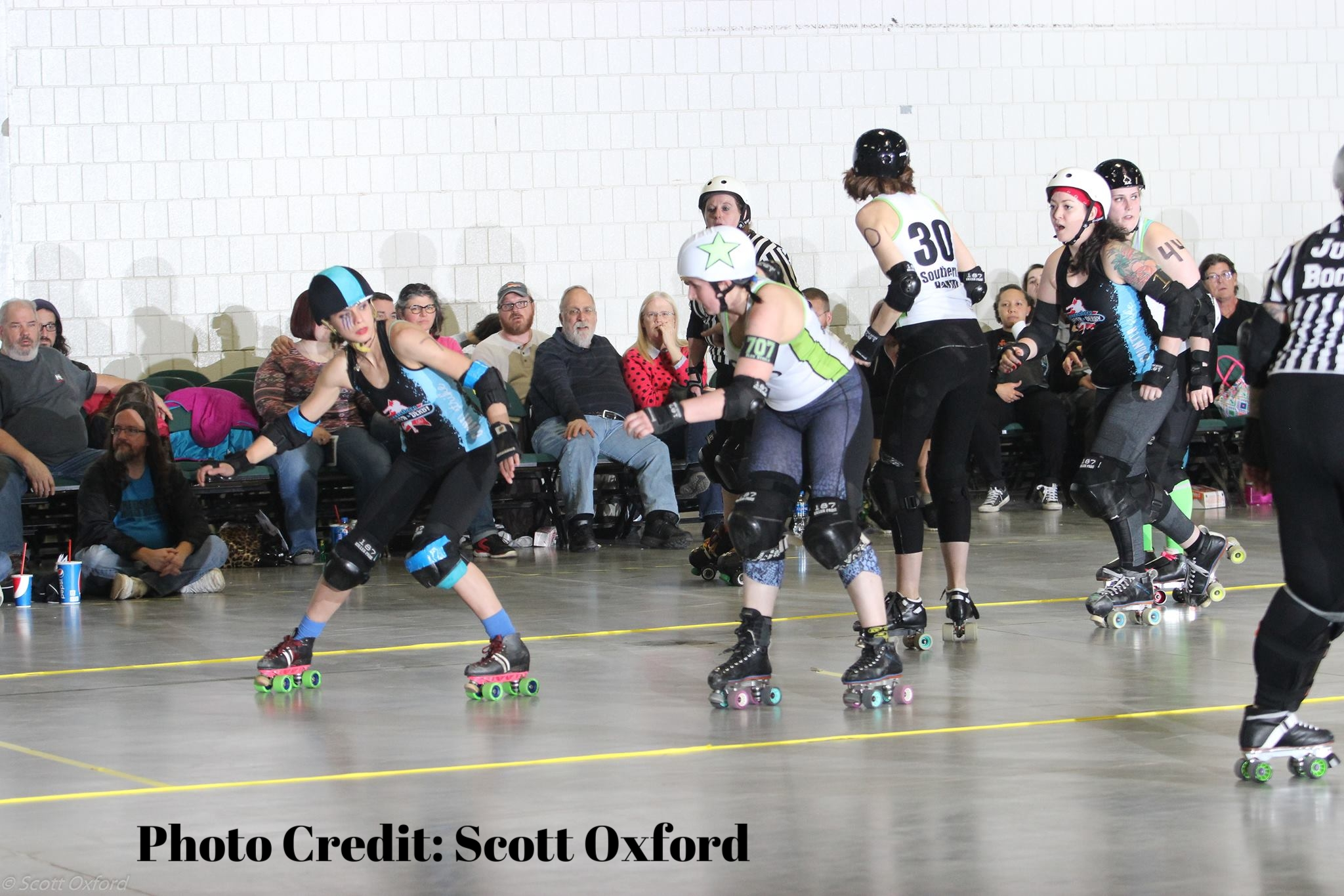 Bleu Derby Jamming 3 Scott Oxford.jpg