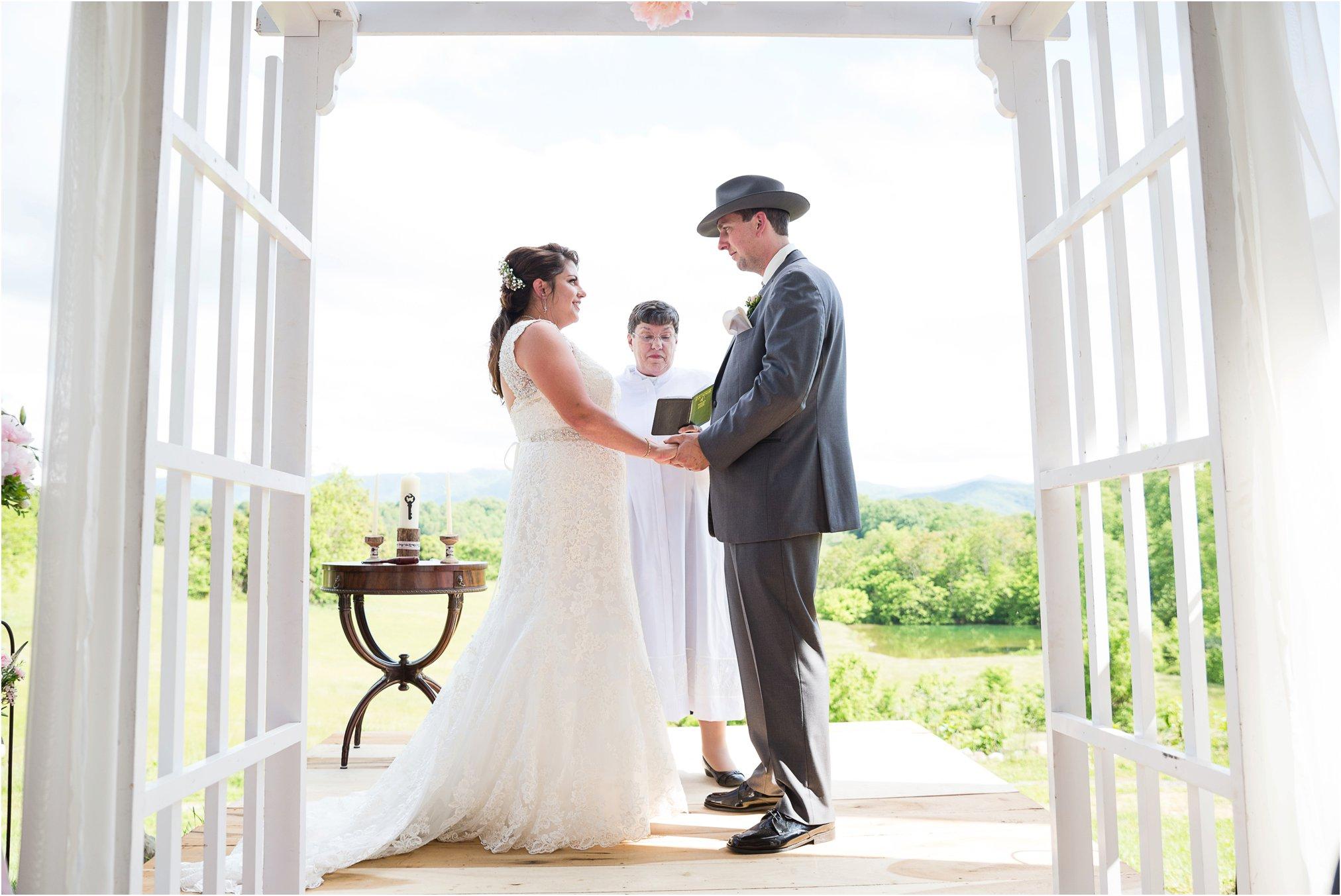 Forest Oaks Natural Bridge Wedding_0252.jpg