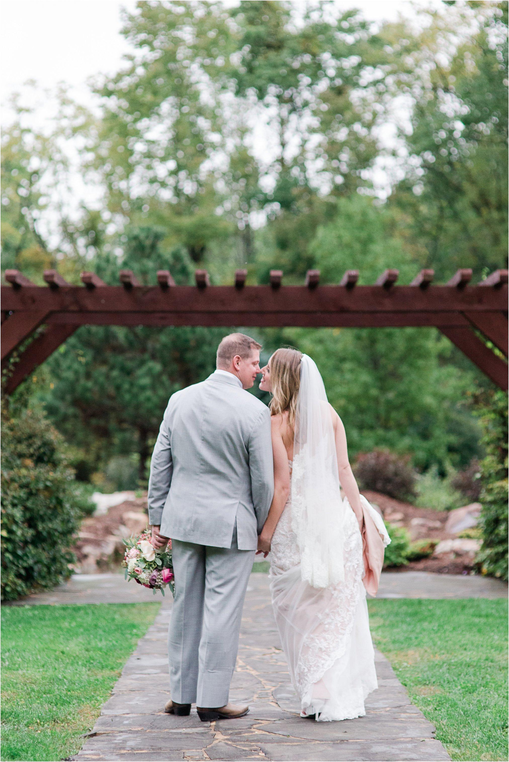 House Mountain Inn Wedding_0570.jpg