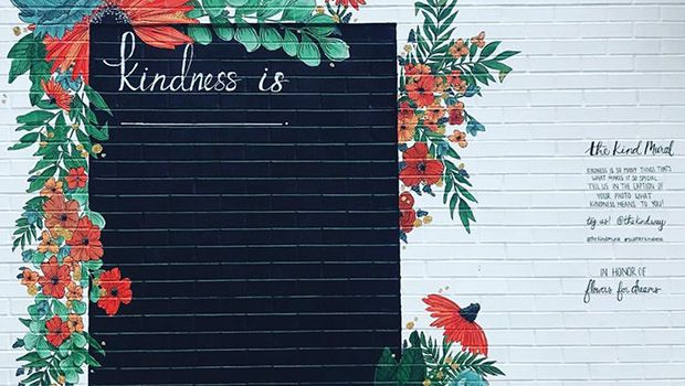 6_Web_Kindness mural_Chicago[1].jpg