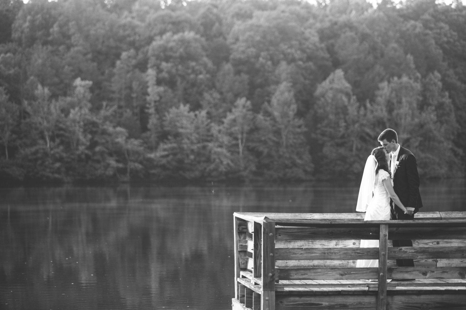 AaronHanna-weddingparty-1-133.jpg