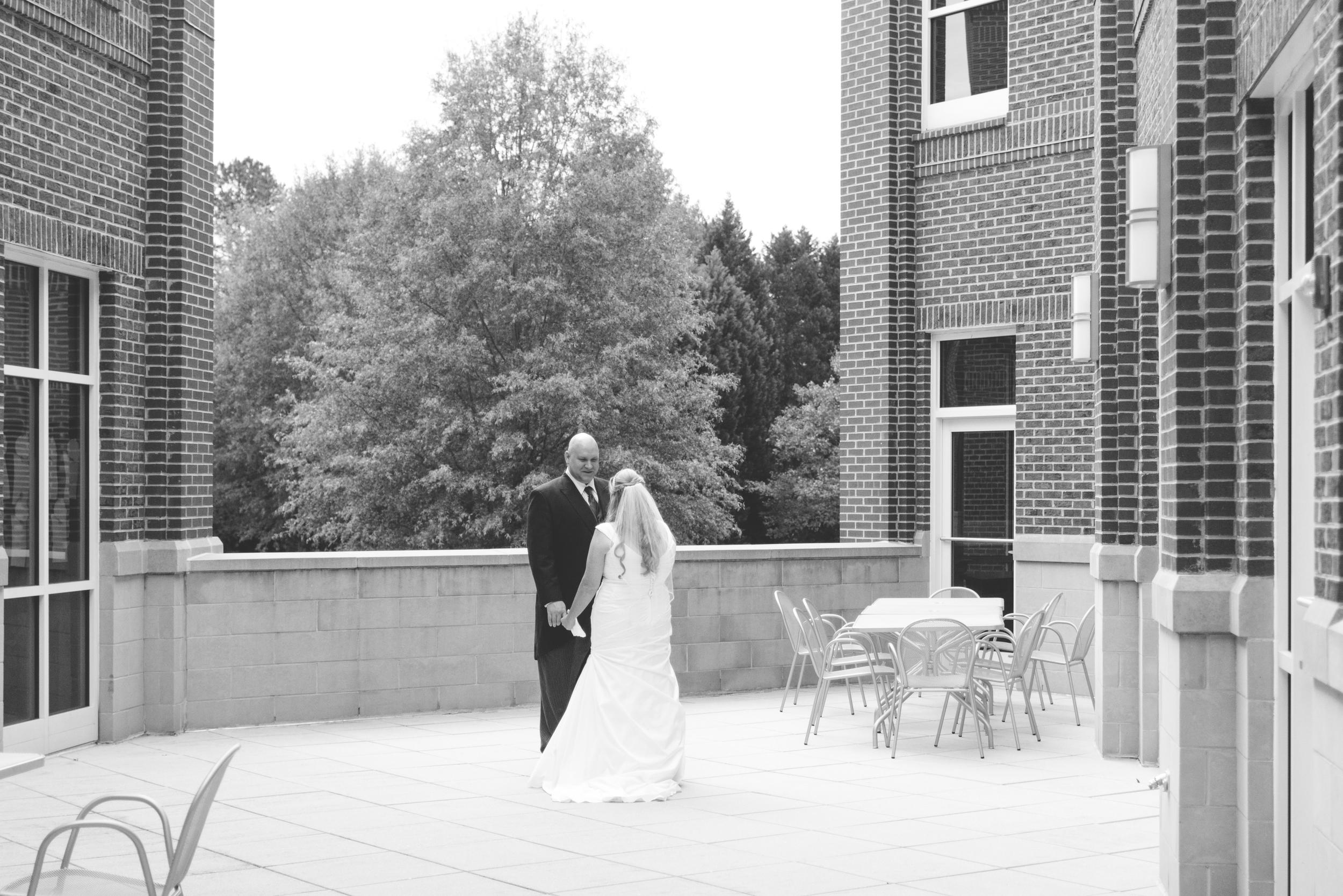 Hough_Wedding_North_Carolina_Charlotte_JonCourvillePhotography-141.jpg
