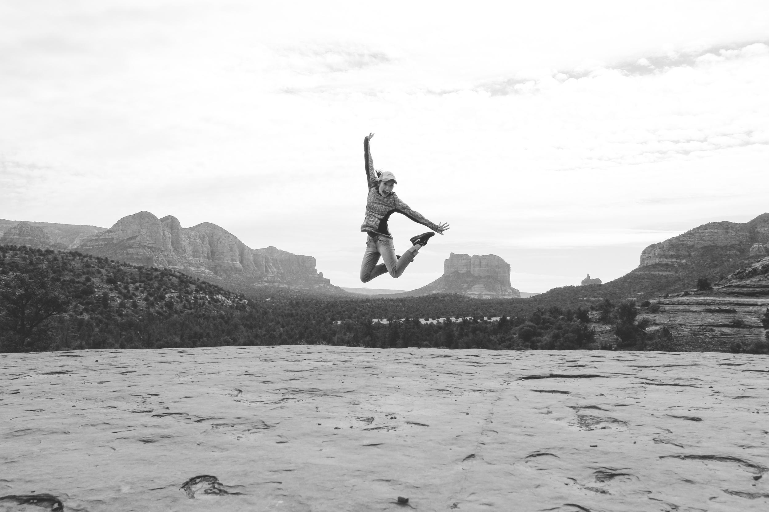 Honeymoon_Tuesday_Sedona_Arizona_JonCourvillePhotography-11.jpg