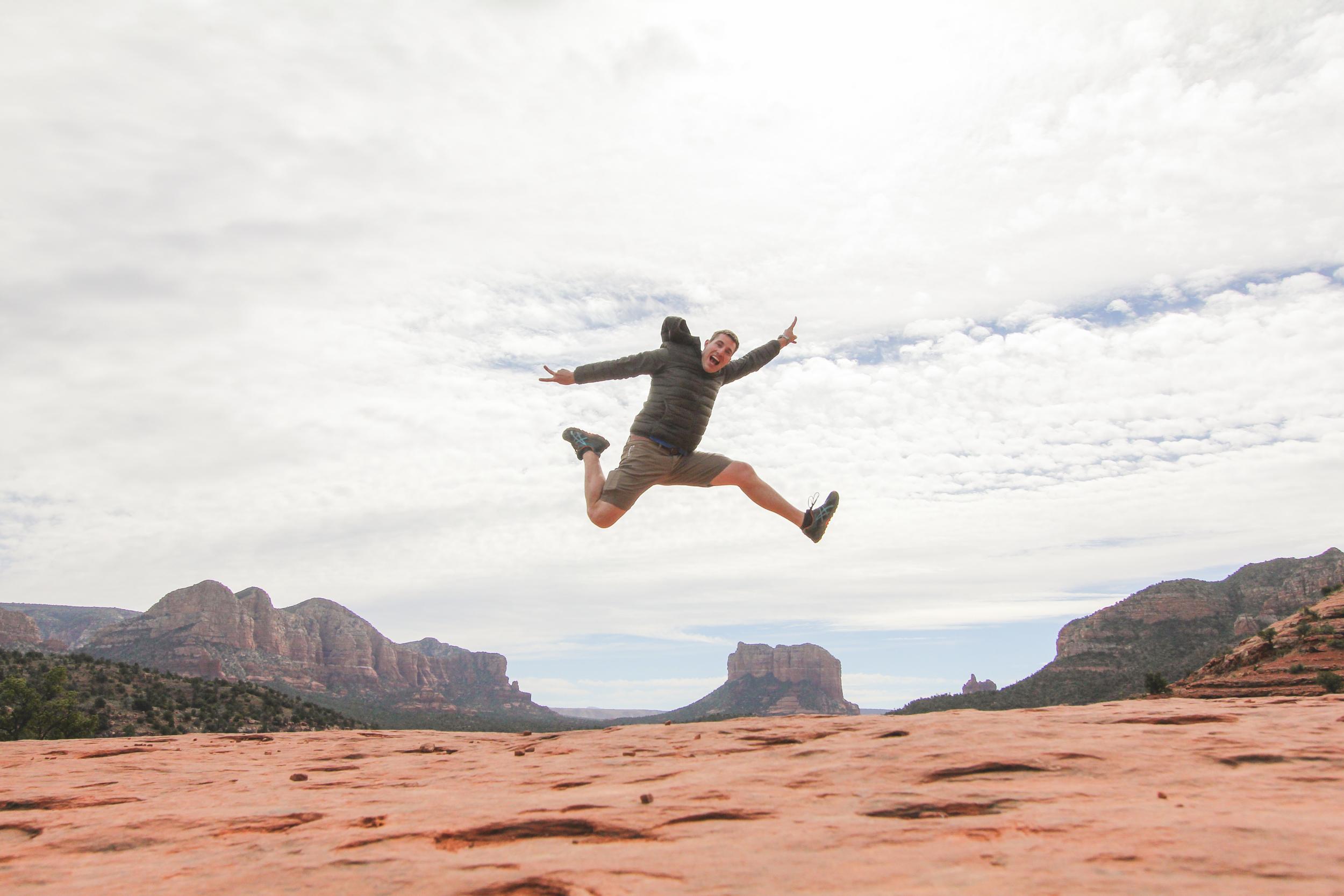 Honeymoon_Tuesday_Sedona_Arizona_JonCourvillePhotography-9.jpg