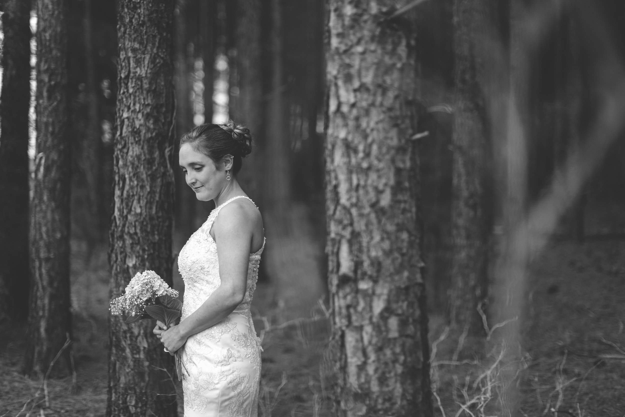 bridal shoot in the woods