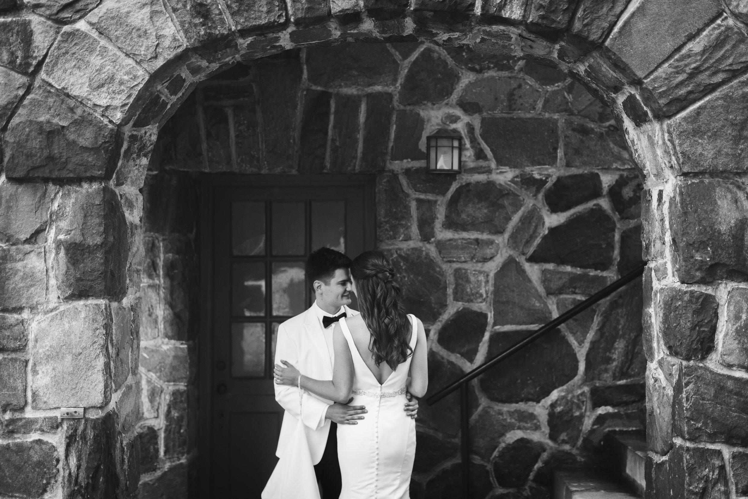 Intimate castle wedding portraits