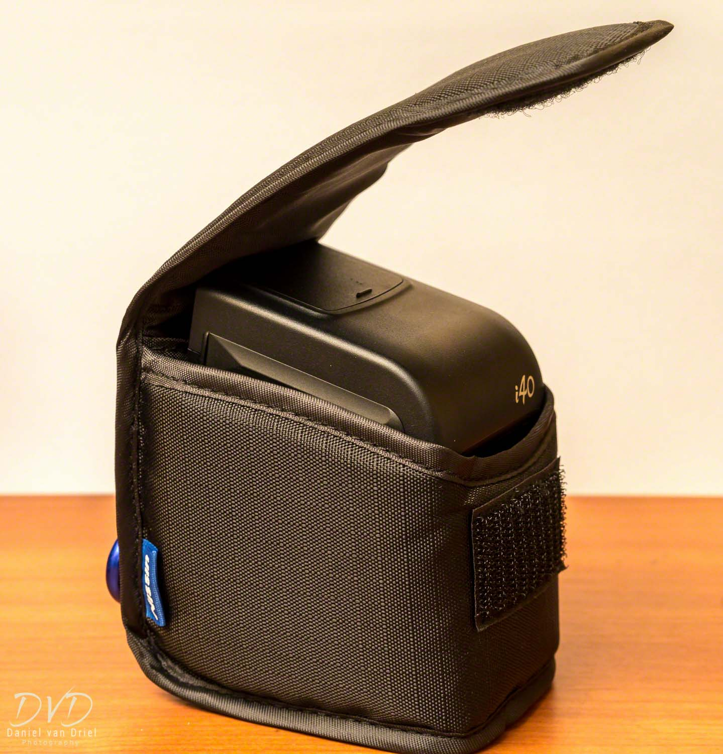 Included Case for Nissin i40