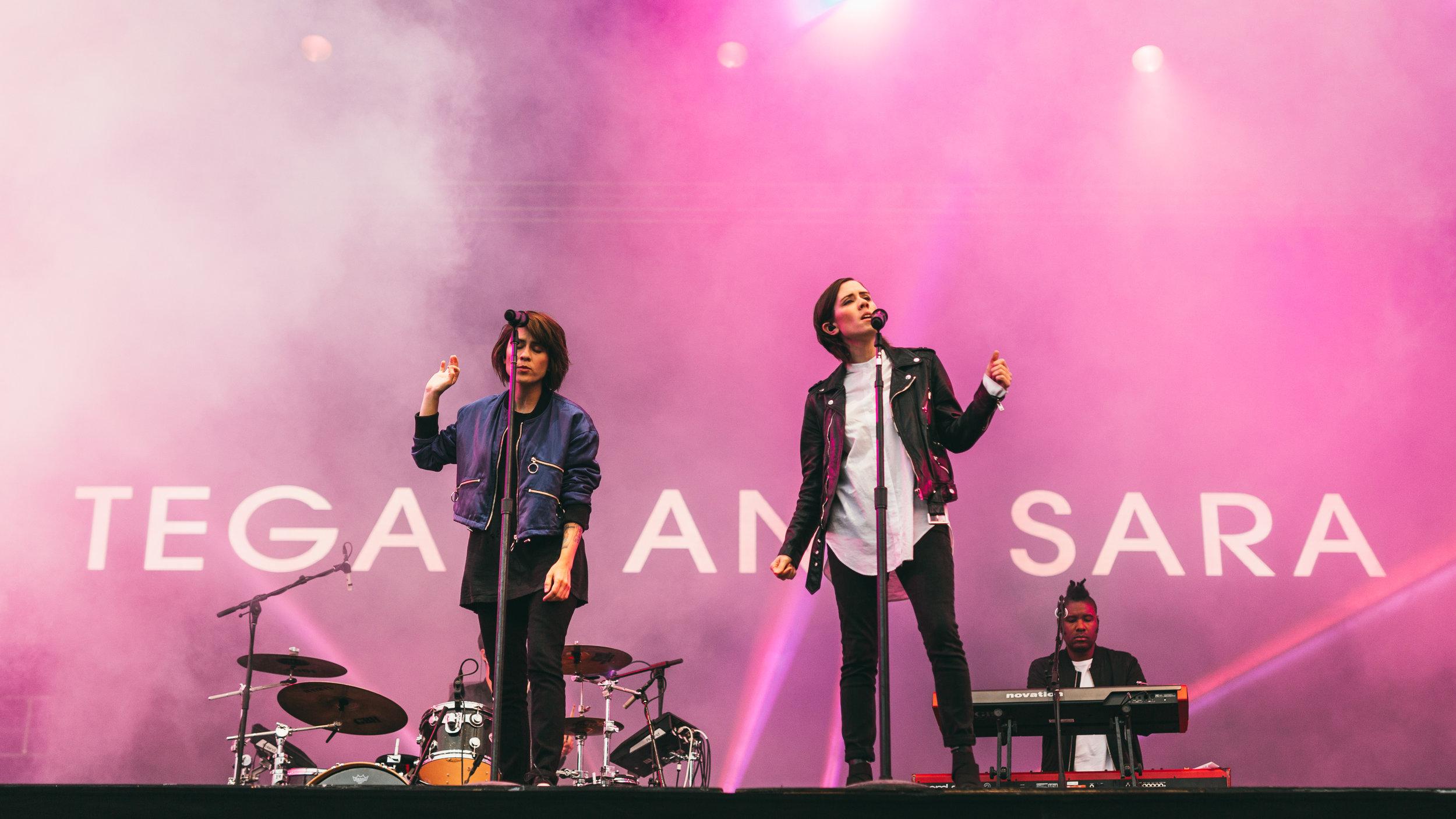 Tegan&Sara_StillsInTime-1.jpg