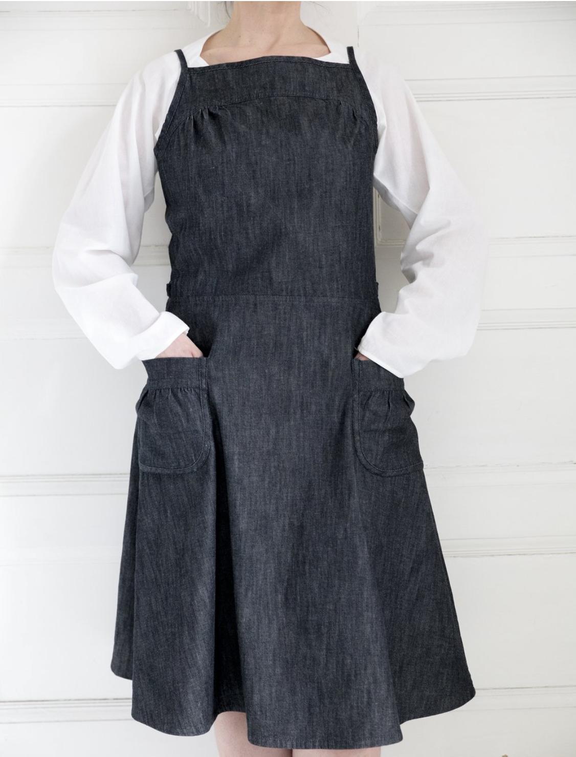 Anna dress.png
