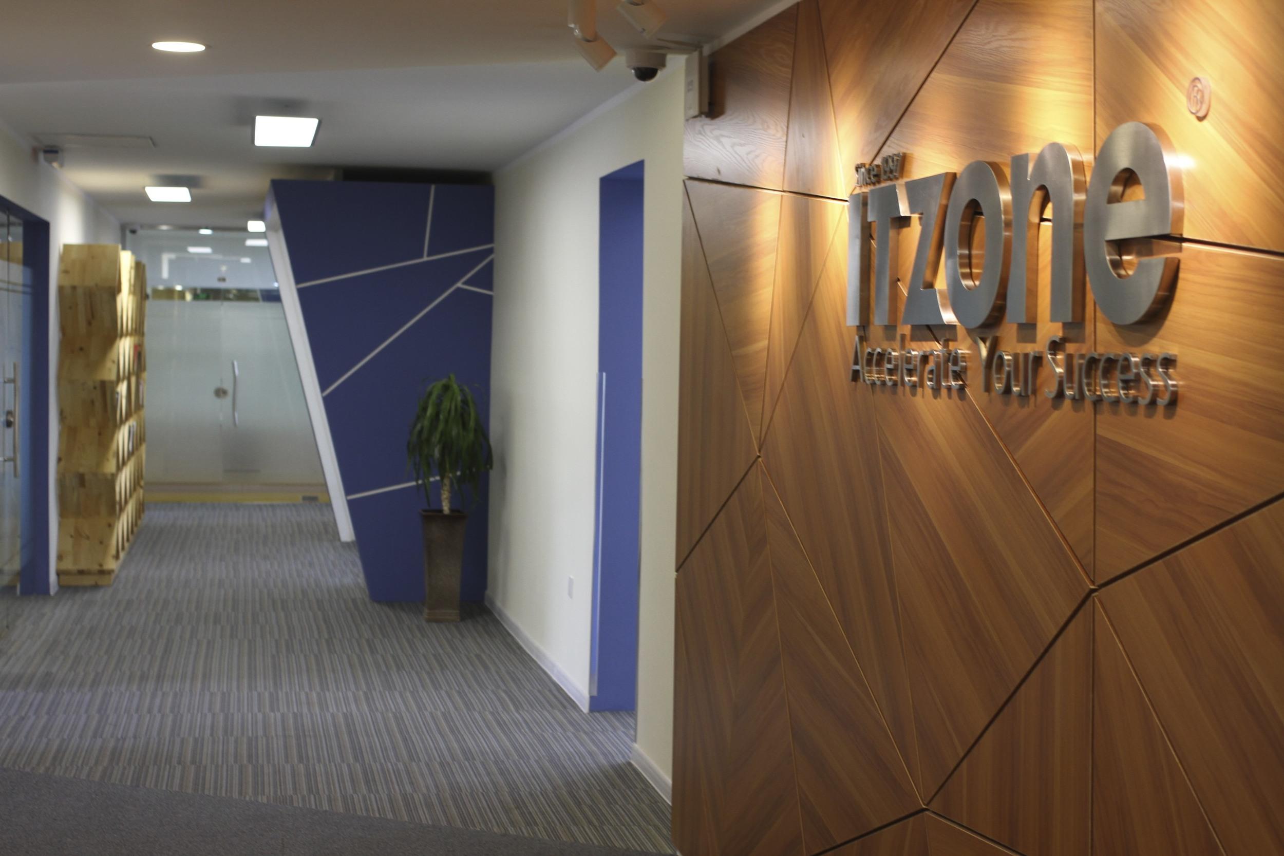Entrance Logo & Corridor