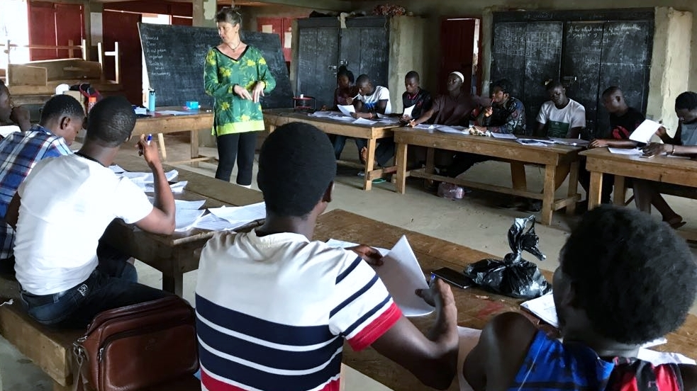 Rebecca (centre) teaching on a Social Research Methods course for EducAid teachers