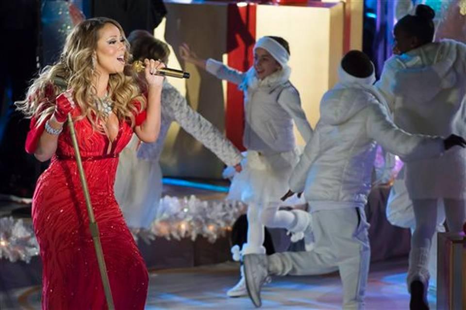 Mariah and GiaNina 2014 Rockefeller Center Christmas Tree Lighting Ceremony.JPEG
