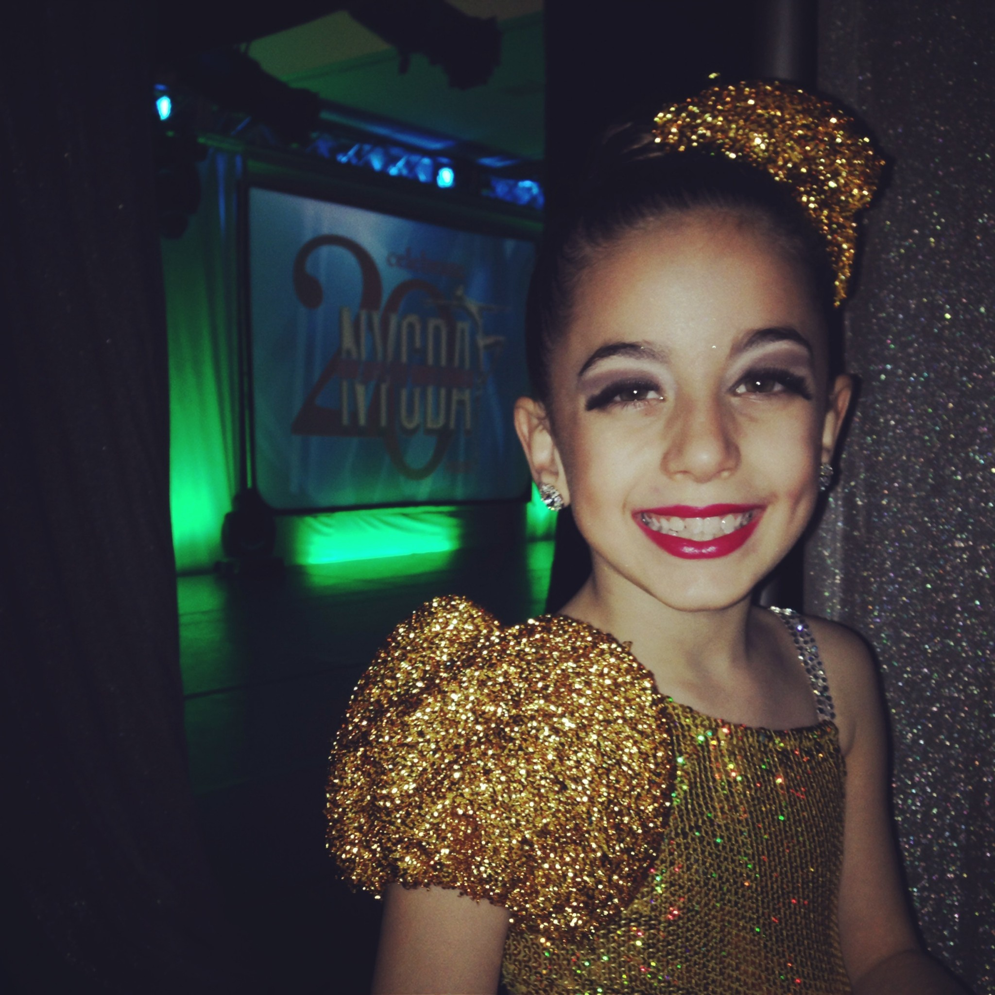 GiaNina-backstage-at-NYCDA-Regional-2014-2048x2048.jpg