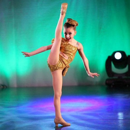 GiaNina-jazz-solo-pic1-at-NYCDA-regional-2014.jpg