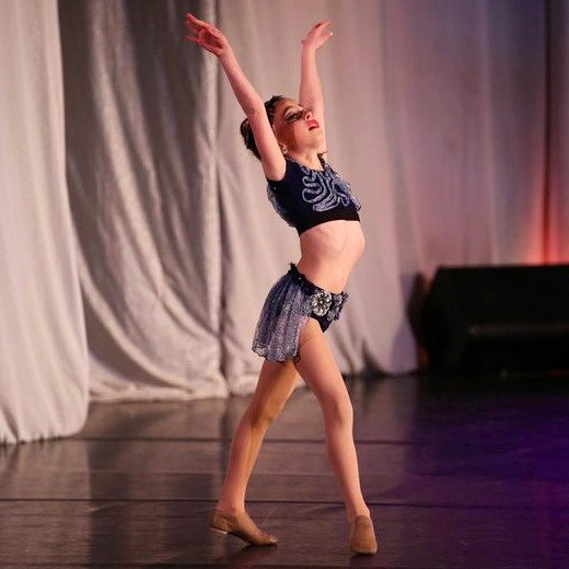 GiaNina-lyrical-solo-pic2-at-NYCDA-regional-2014.jpg