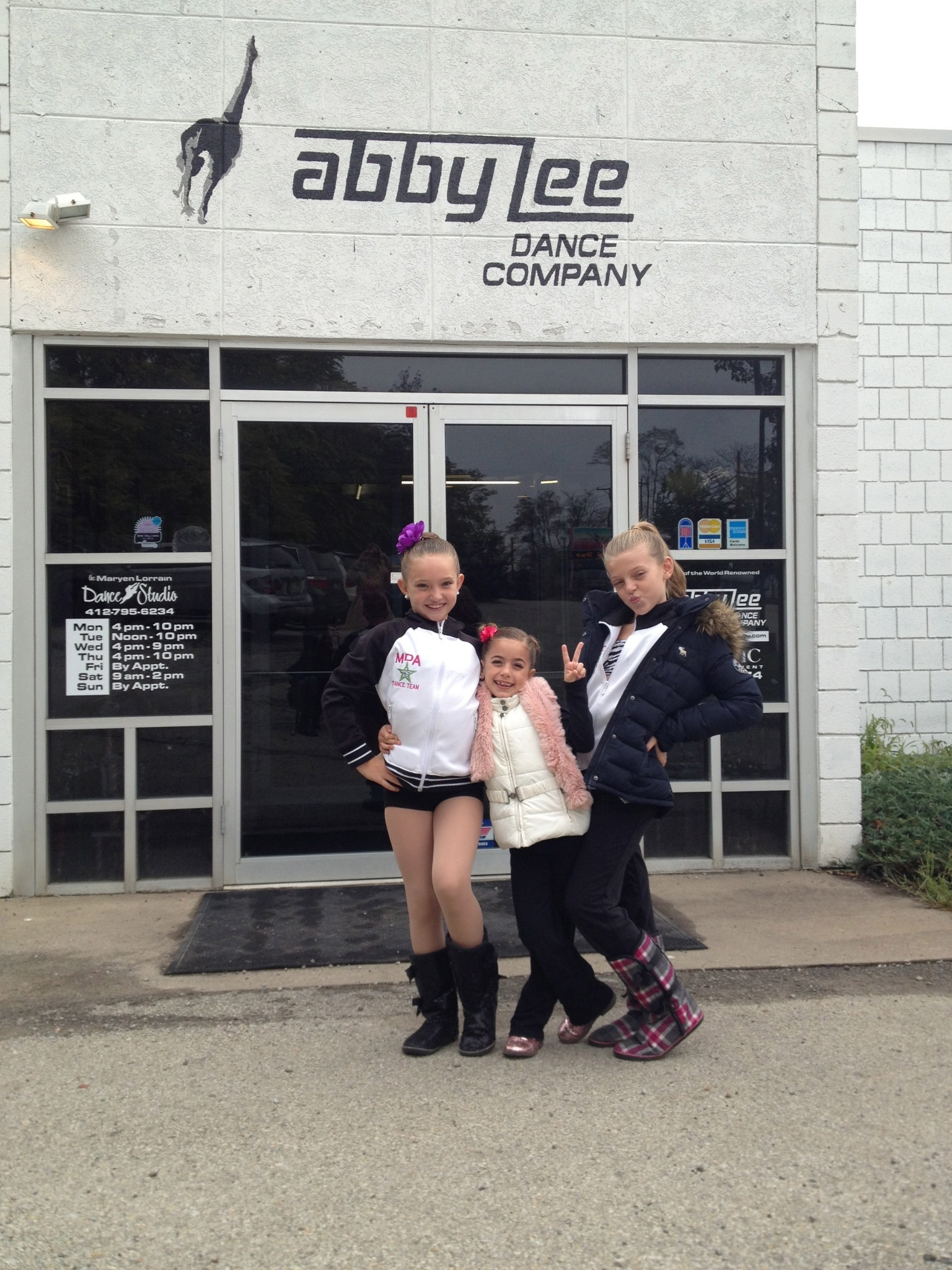 G with friends outside ALDC 2013.jpg