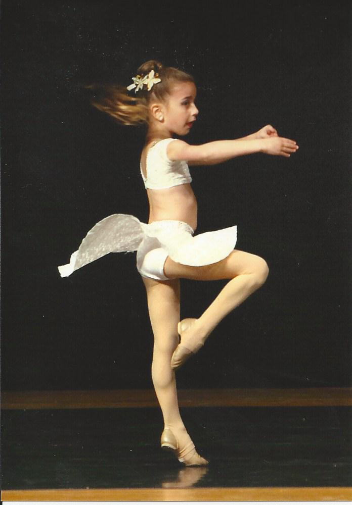 GiaNina-Fly-Solo-pirouette-pic-2013.jpg