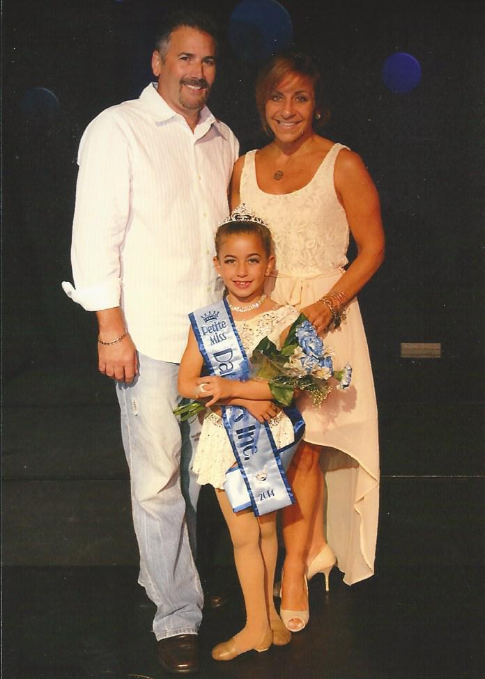 Proud-parents-of-Miss-Petite-Dancers-Inc.-2013.jpg