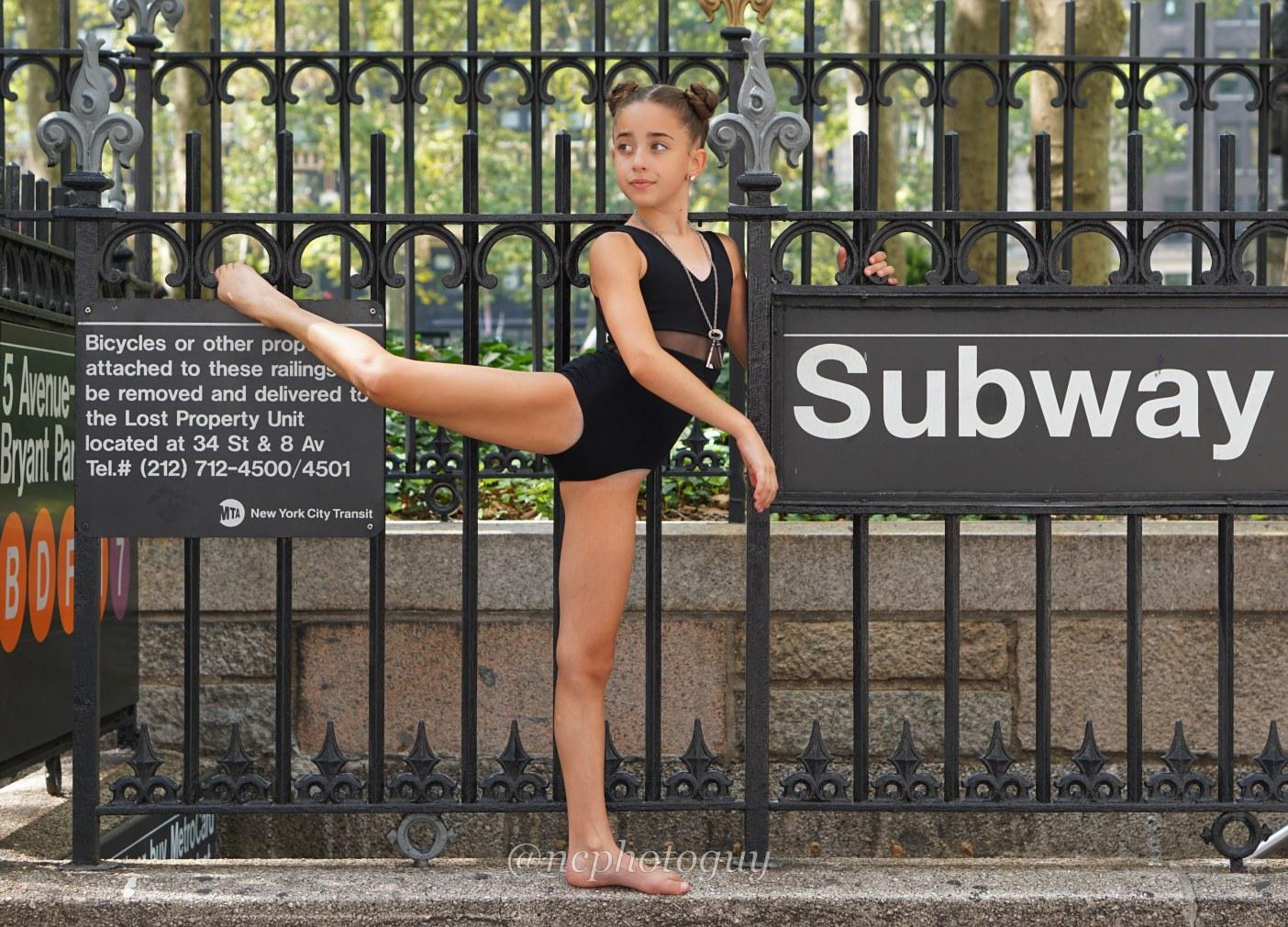 GiaNina subway pic.jpg