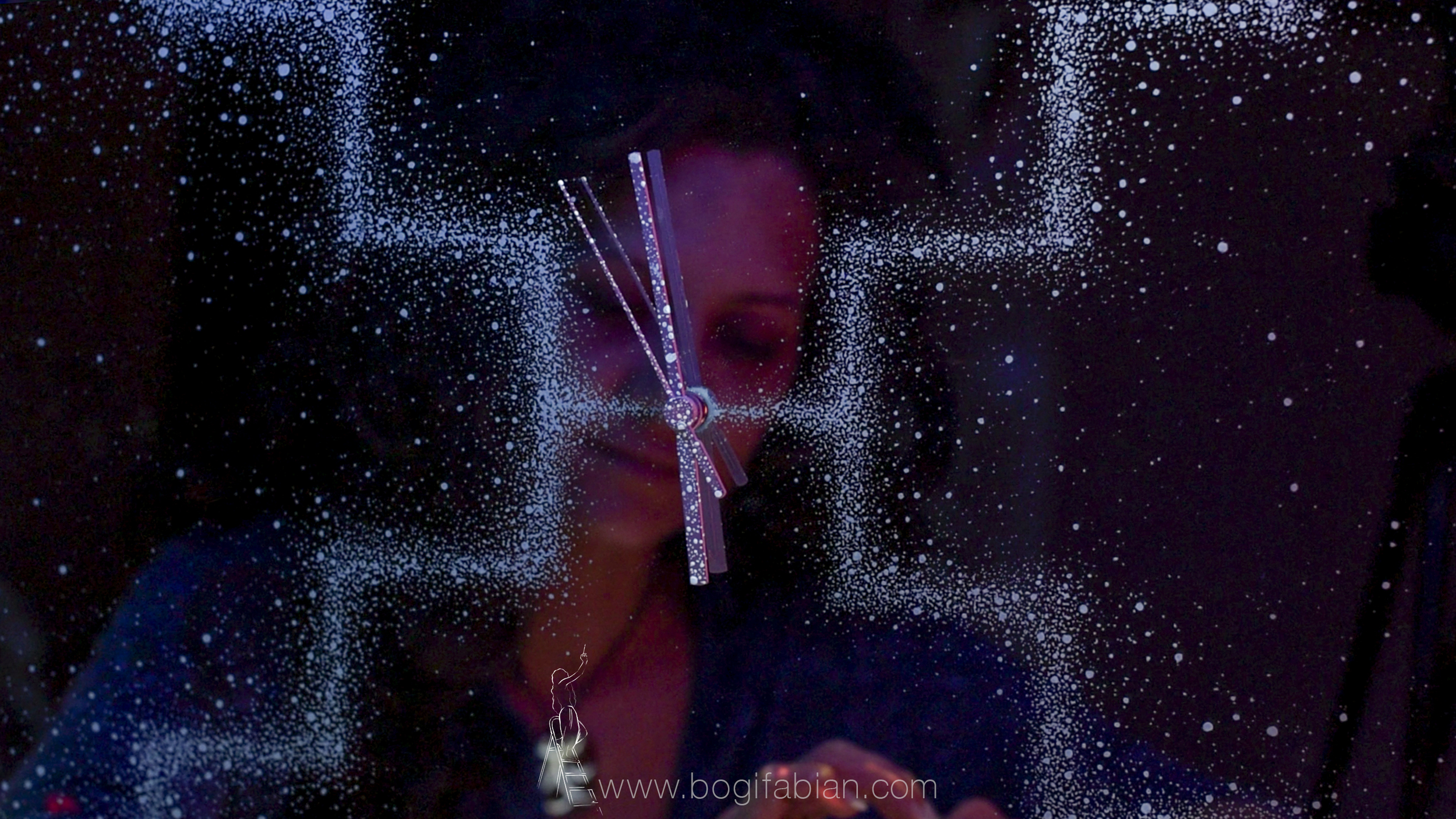 Bogi Fabian Glow in the dark mirror clock etznab