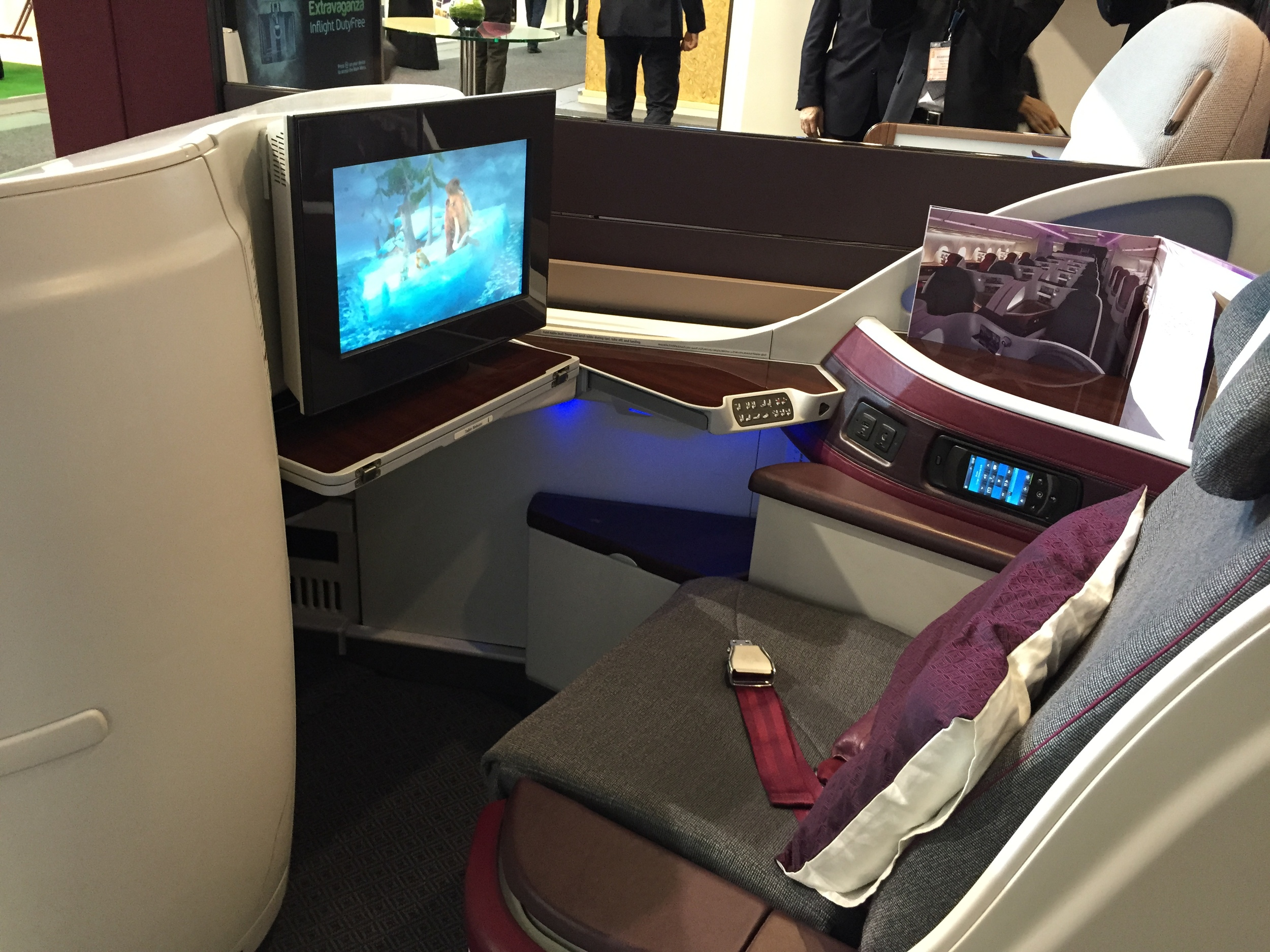 The new Business Class of Qatar Airways Airbus 350
