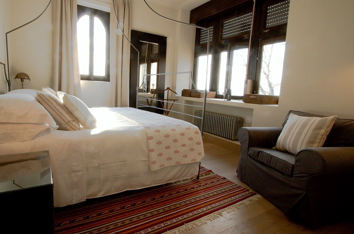 Bedroom in countryhouse apartment.jpg