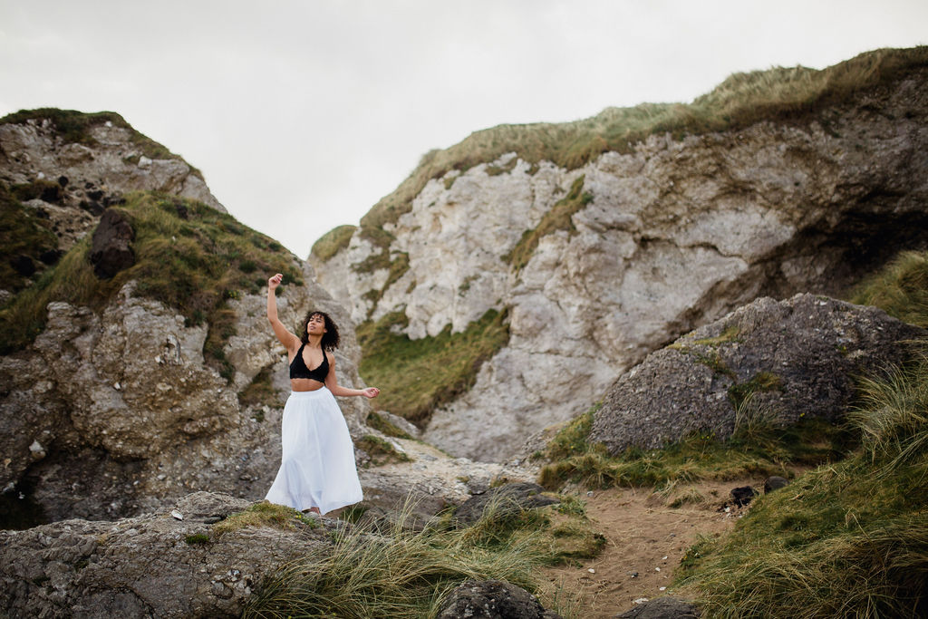 ireland desjardins studio rachel desjardins travel photography all rights reserved hostel dublin portbalintrae dance dancer big rocks scenery