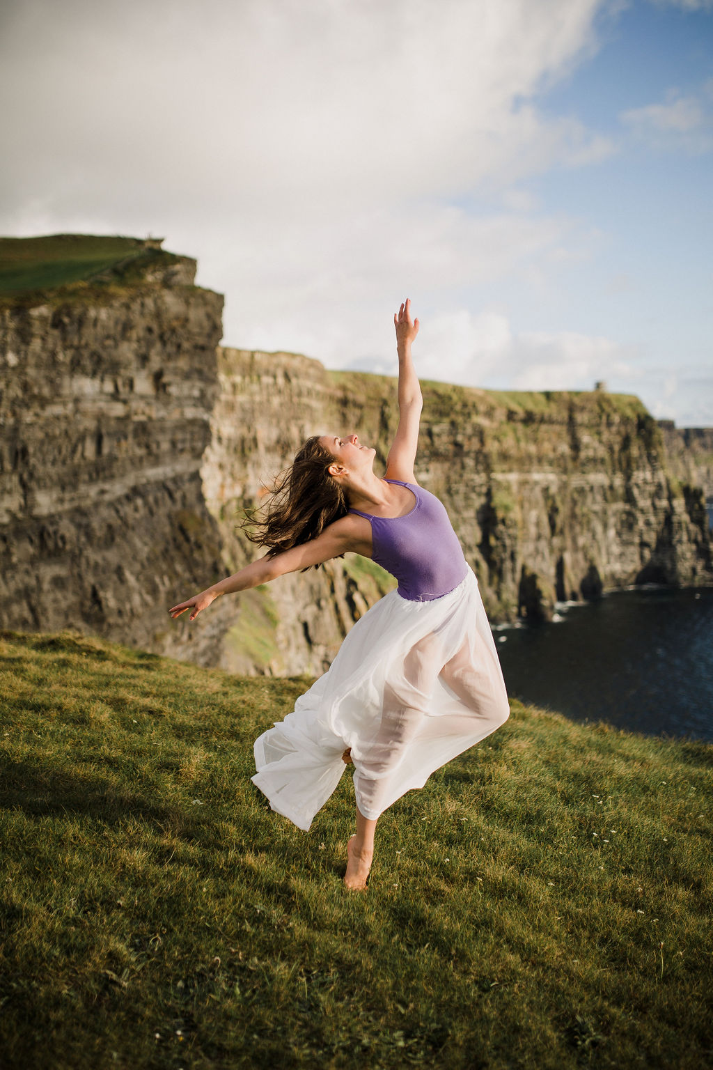 ireland studio rachel desjardins travel photography all rights reserved minnesota photographer lizcannor doolin cliffs of moher  dance dancing dancer modern ballet erin campagna