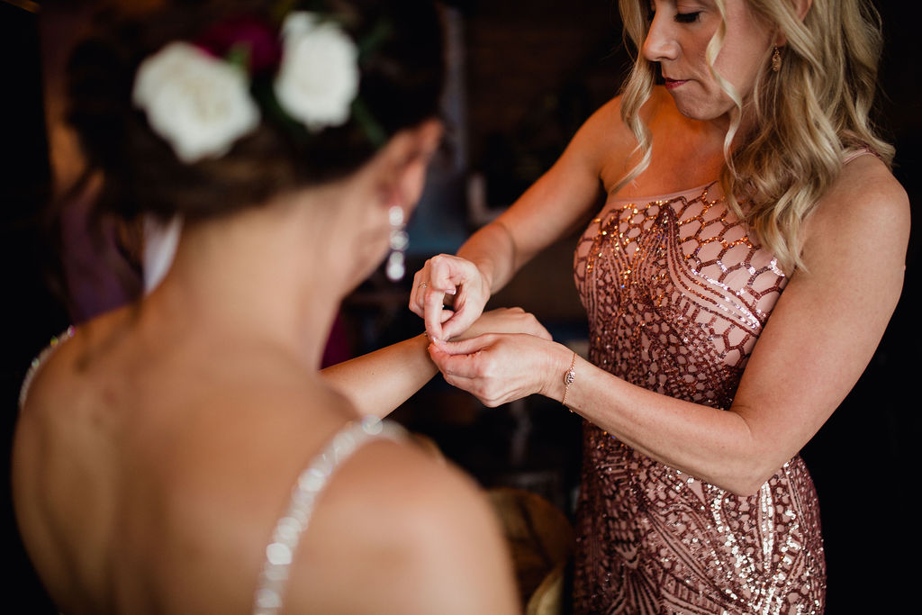 6 wedding prep getting ready rachel desjardins studio wedding story telling moments photography kellermans event center minnesota.jpg.jpg