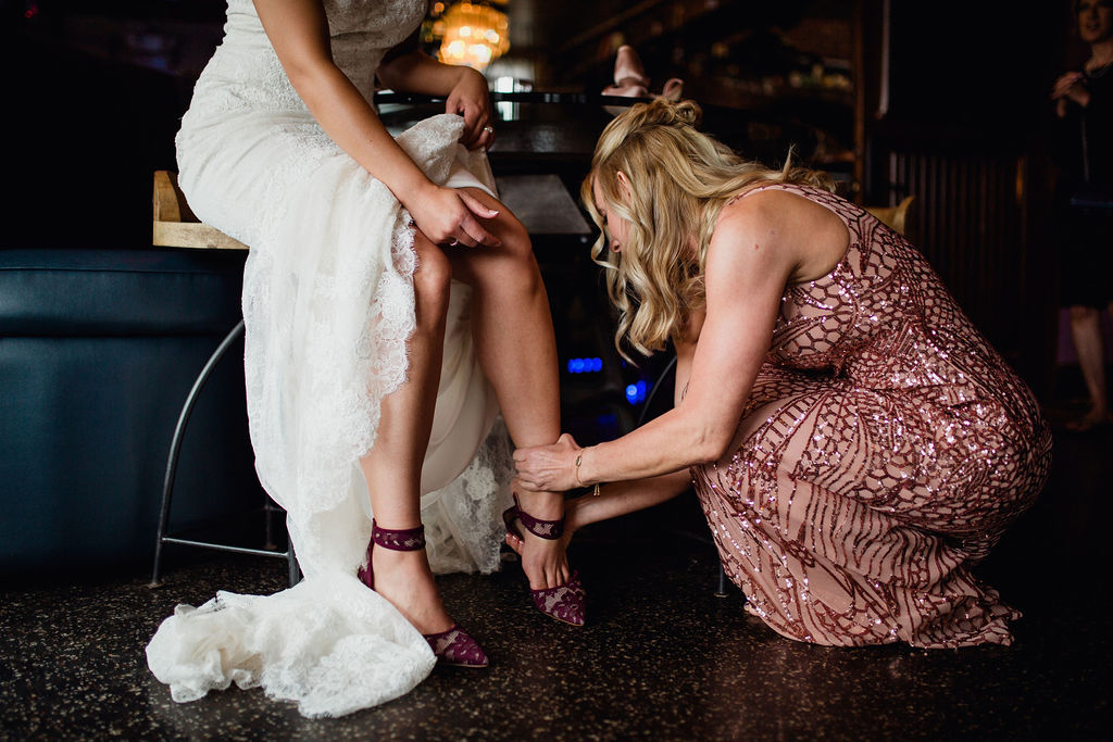 8 wedding prep getting ready rachel desjardins studio wedding story telling moments photography kellermans event center minnesota.jpg