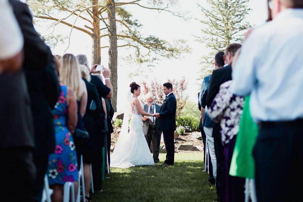 25__photographer_dellwood_wedding_ceremony_minnesota.jpg