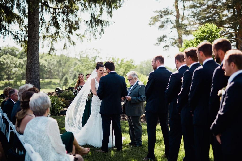 26__photographer_dellwood_wedding_ceremony_minnesota.jpg