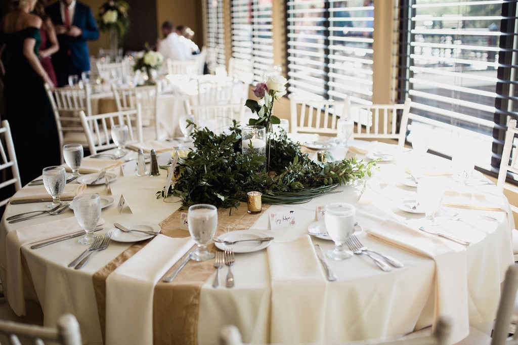 44__minnesota_photographer_dellwood_wedding_details_ceremony.jpg